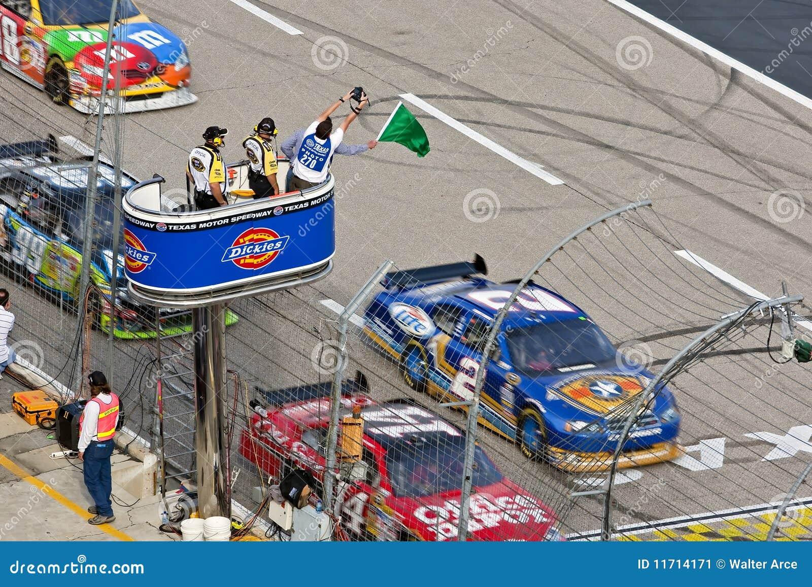 NASCAR: Juntamentos 500 novembro de 8