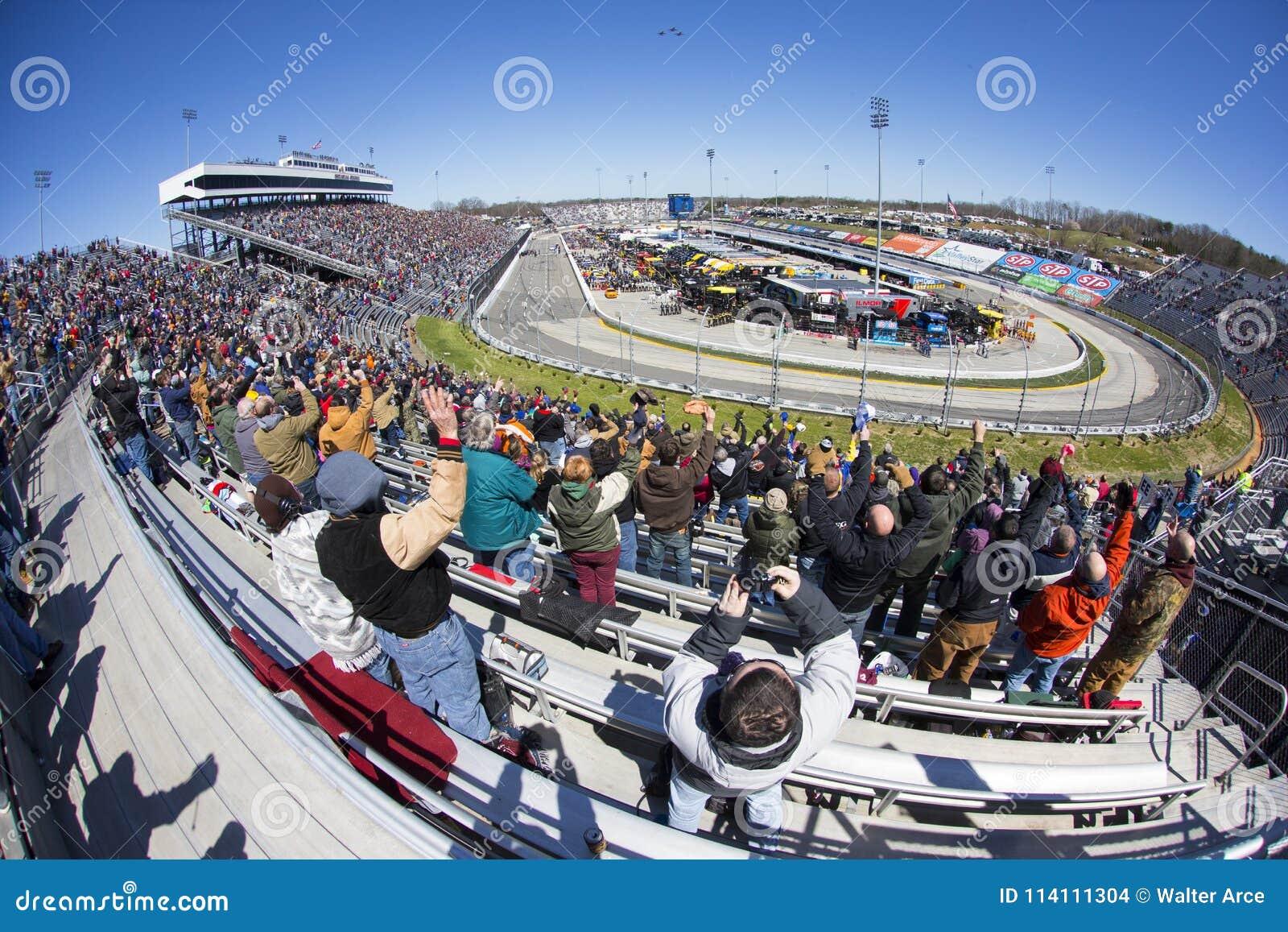 NASCAR: Mars 26 STP 500