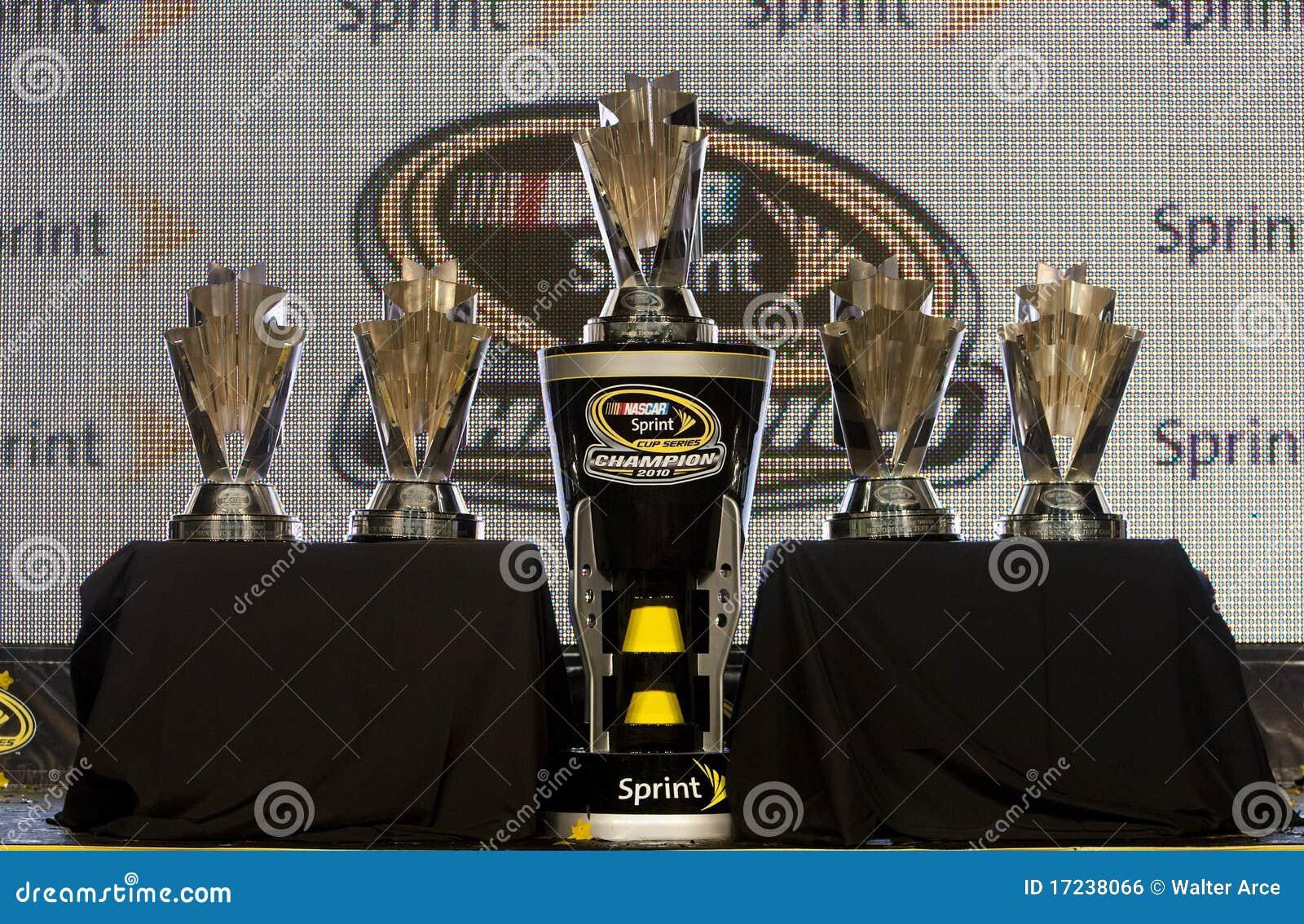 Ford Dealer Homestead >> NASCAR: Nov 21 Ford Ecoboost 300 Editorial Image | CartoonDealer.com #62793550