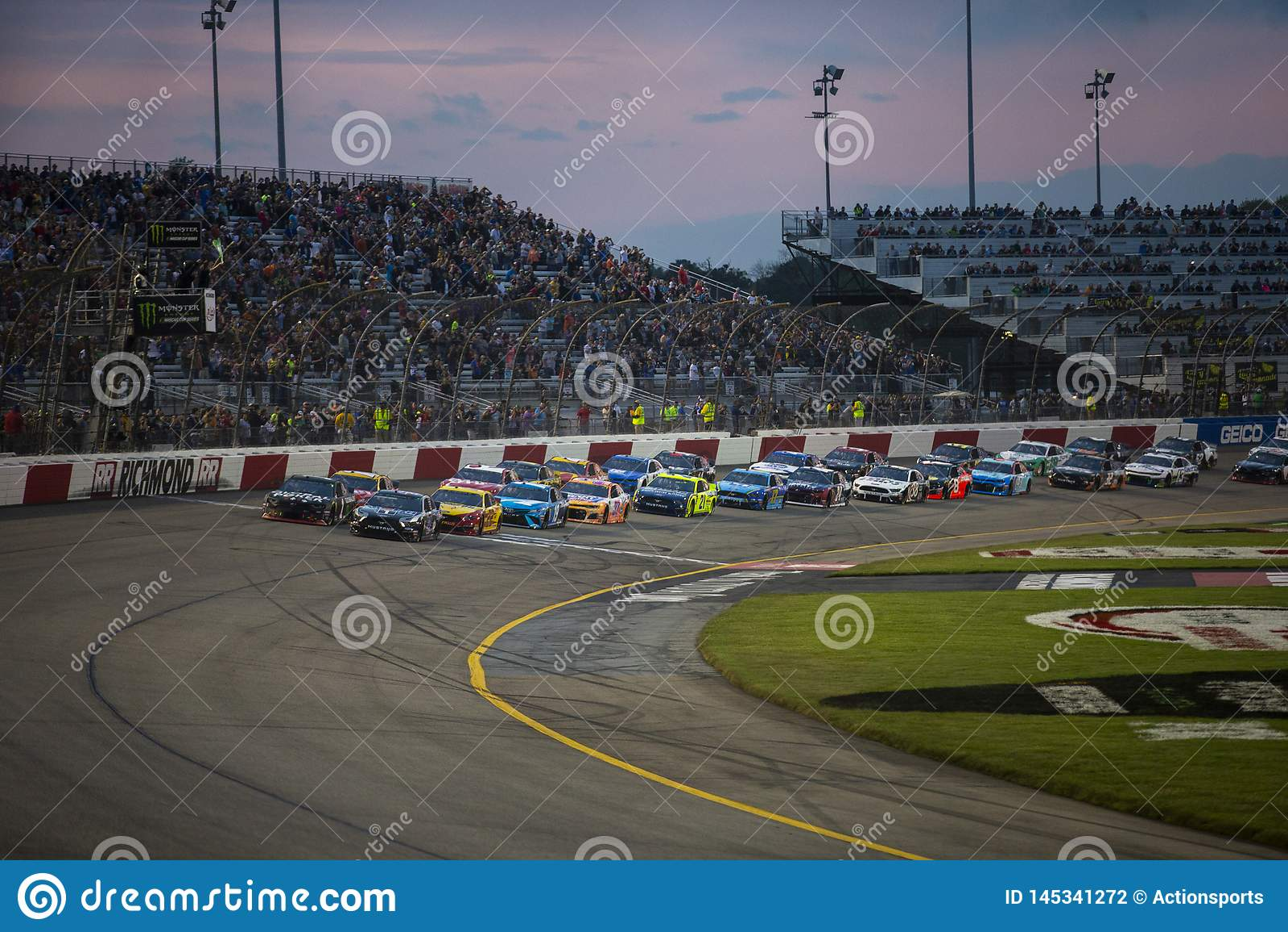 NASCAR: Proprietari 400 di Toyota del 13 aprile