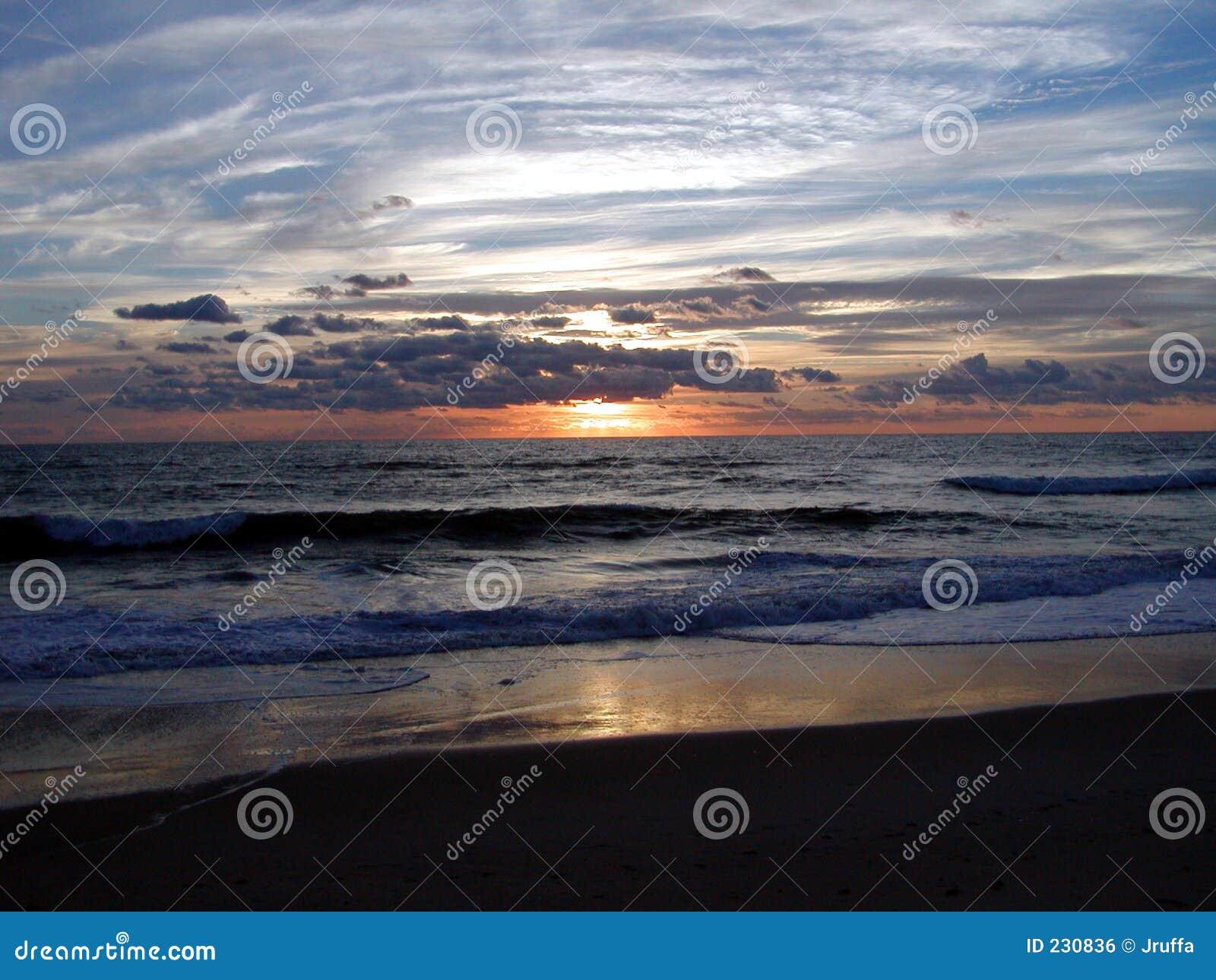Nascer do sol 5 do oceano