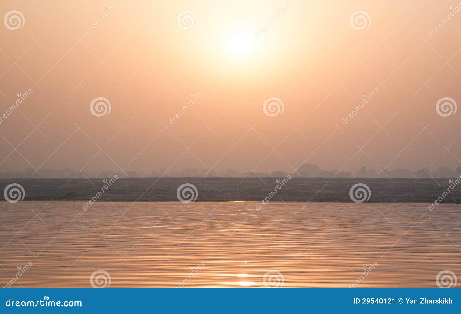 Nascer do sol em Ganga