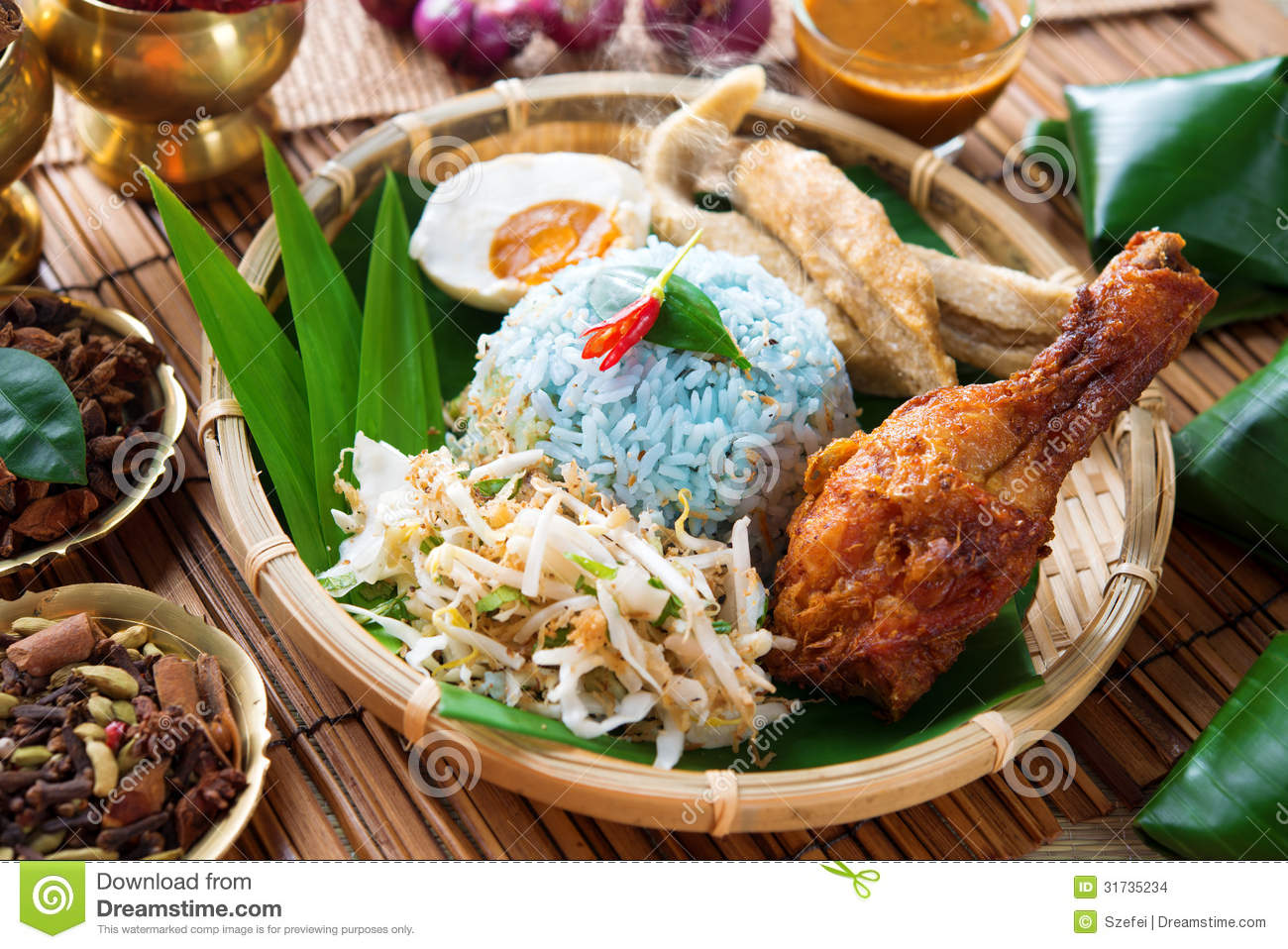Nasi kerabu or nasi ulam stock images image 31735234 for Authentic malaysian cuisine