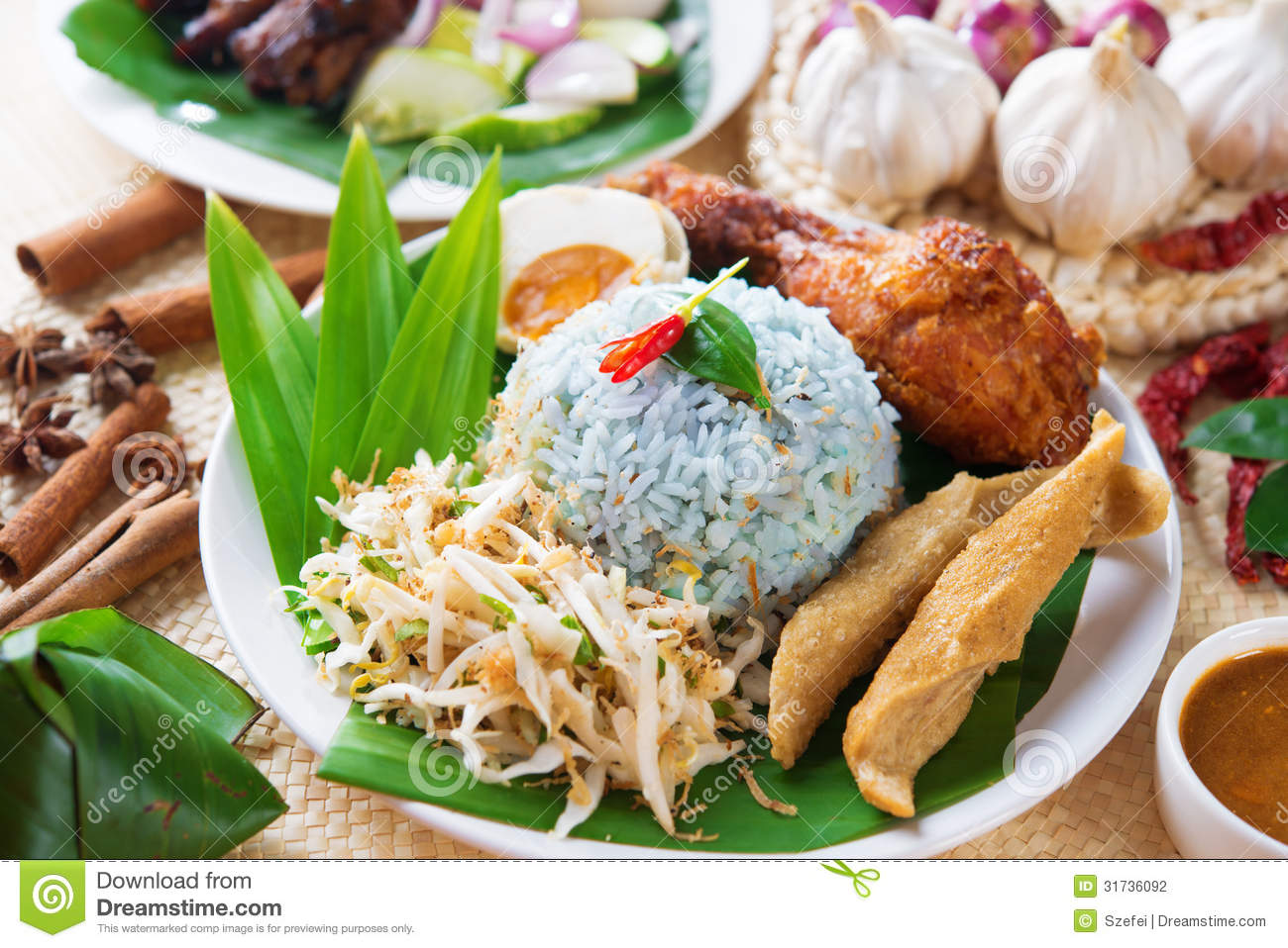 Nasi kerabu stock photography image 31736092 for Authentic malaysian cuisine
