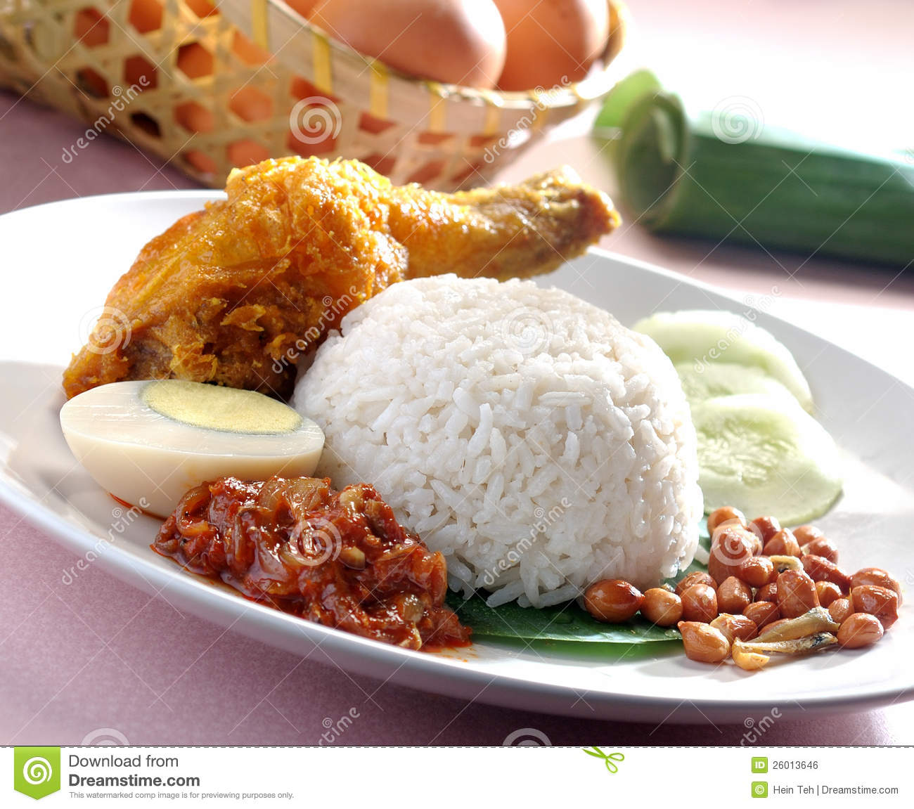 nasi lemak make you fat The savoury coconut milk-infused rice also contains saturated fat,  this is the same process used to make similar rice  the term nasi lemak and nasi gurih.