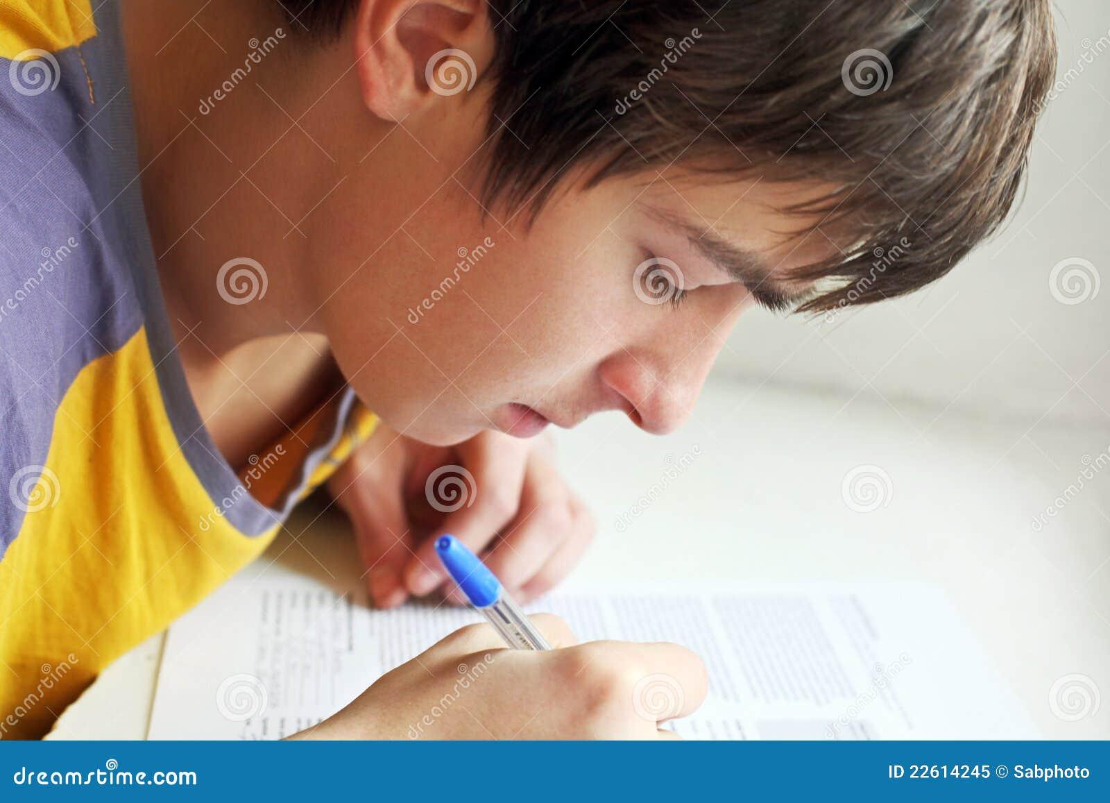 Nastolatka writing