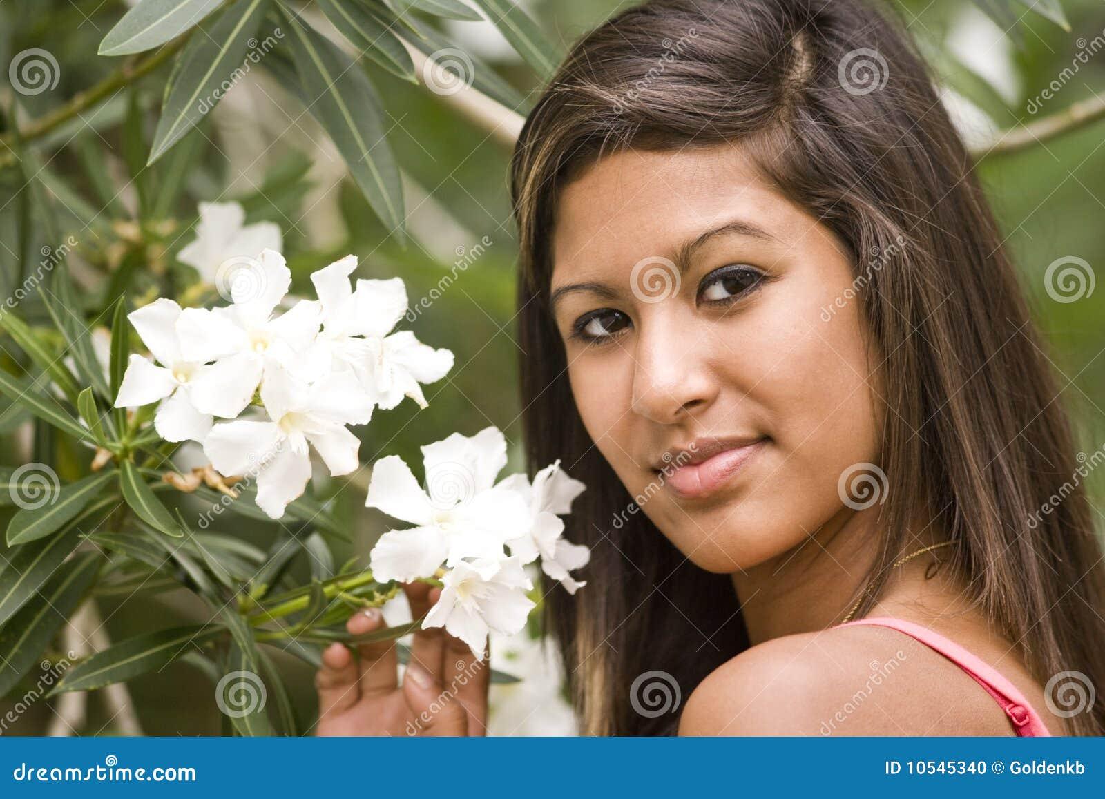 Nastoletni dziewczyna latynos