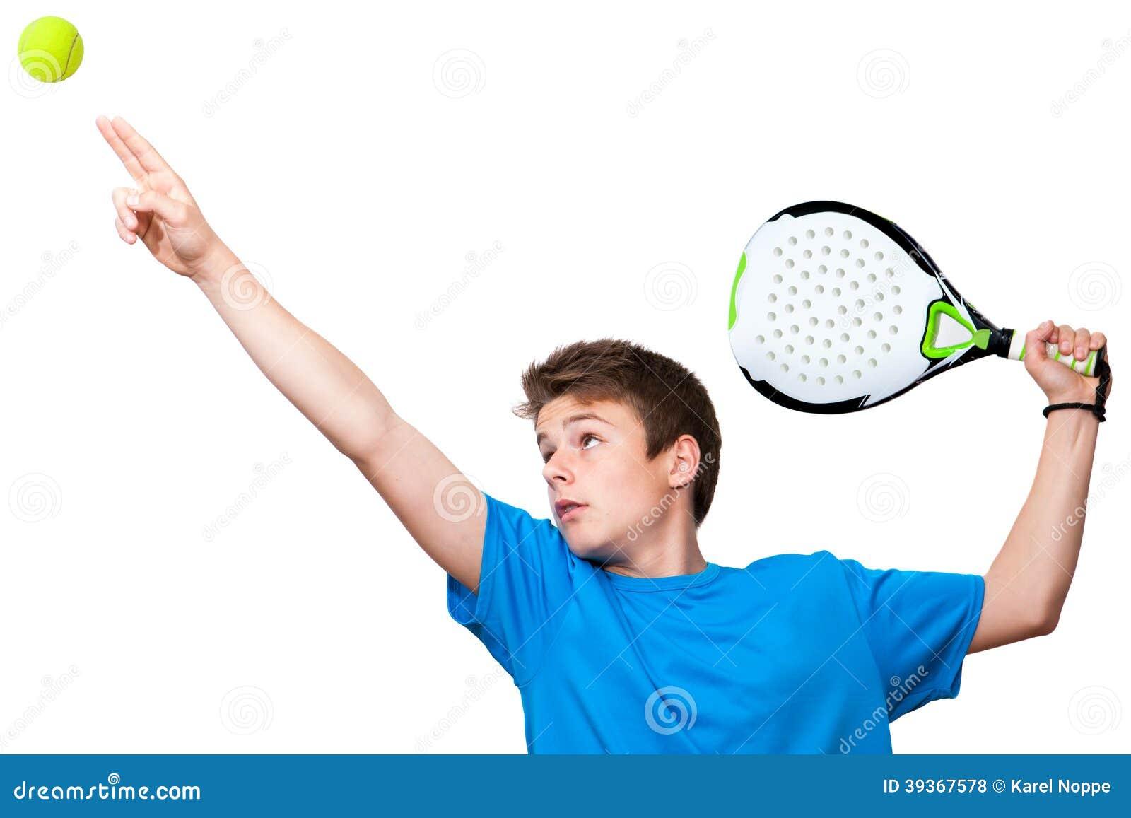 Nastoletni paddle gracz odizolowywający.