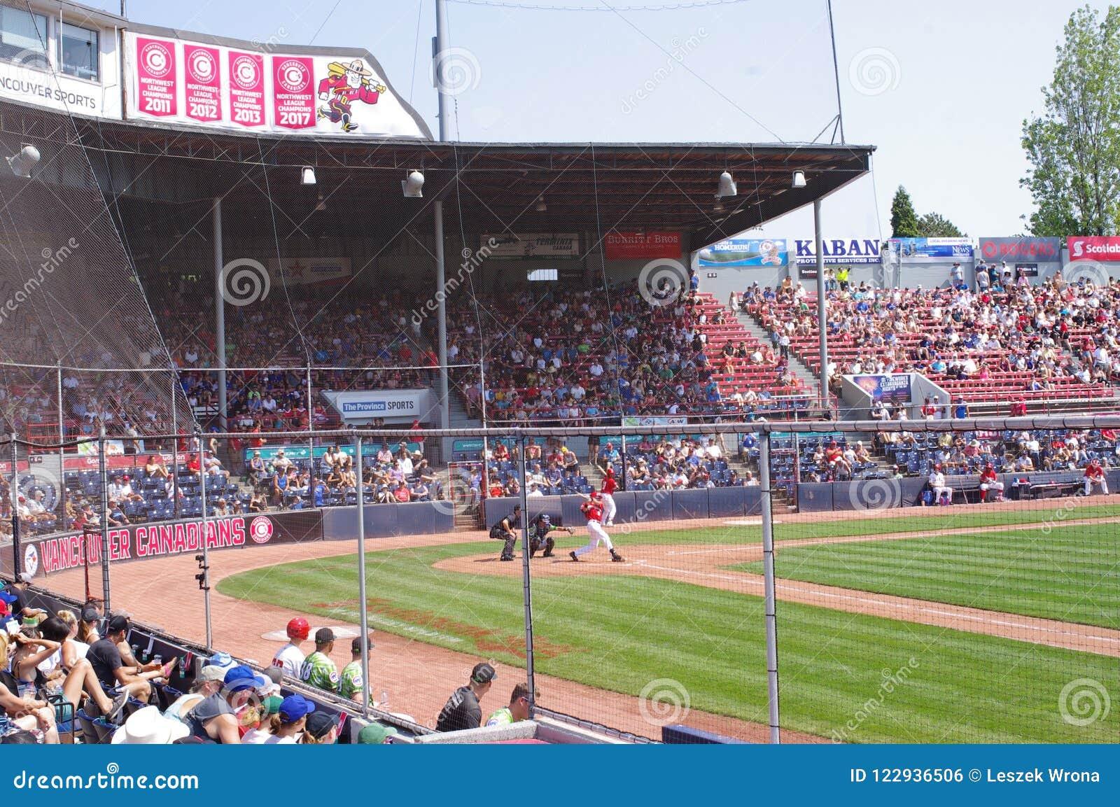 Nat贝里棒球场主要正面看台