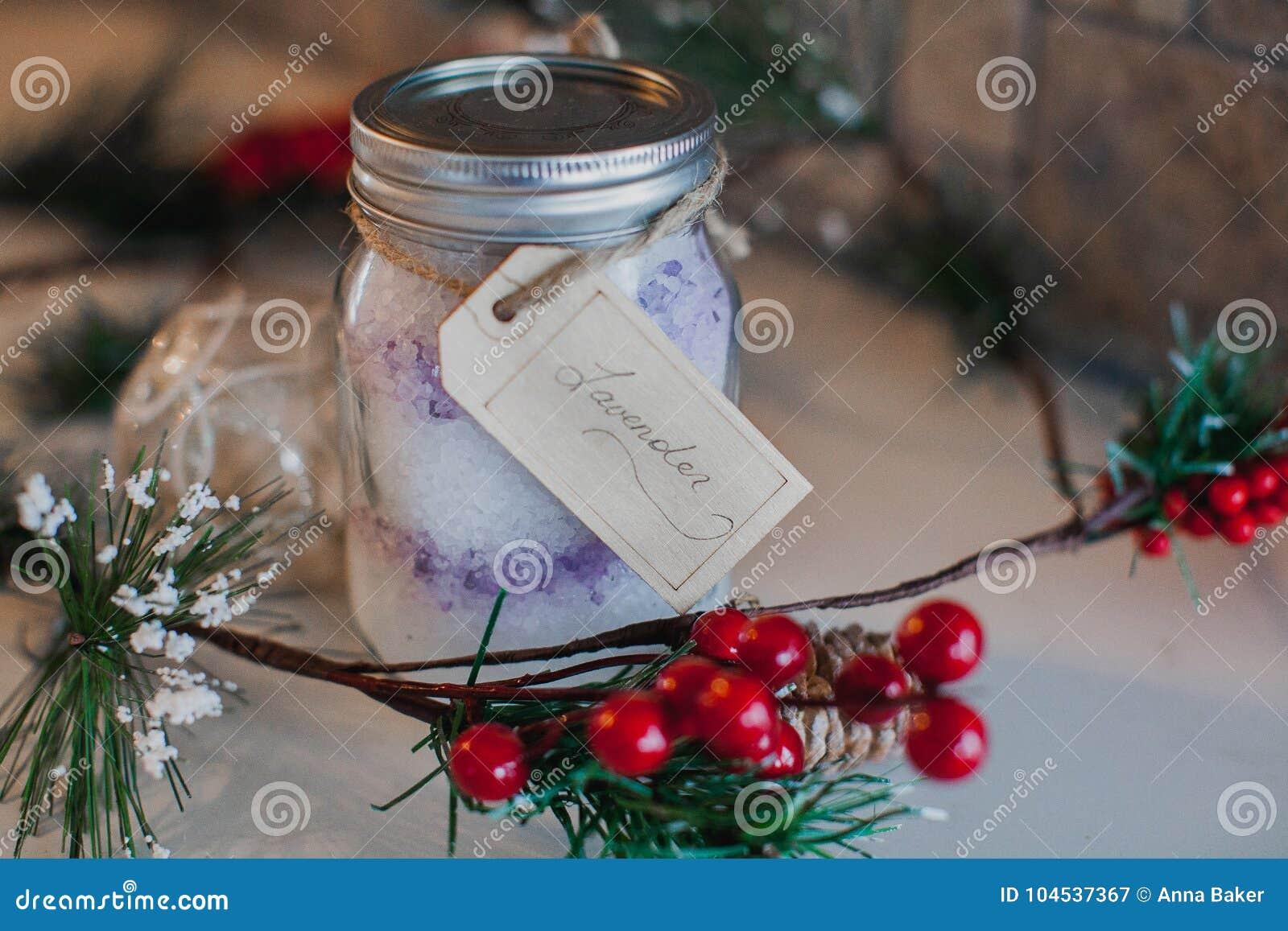 Natal Mason Jar enchido com o sal de Epsom