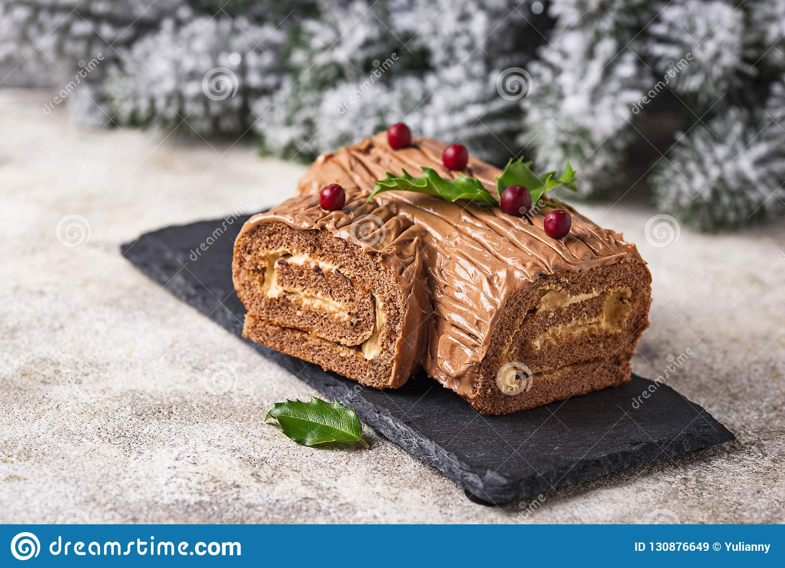 Natal Yule Log Cake Sobremesa tradicional do chocolate