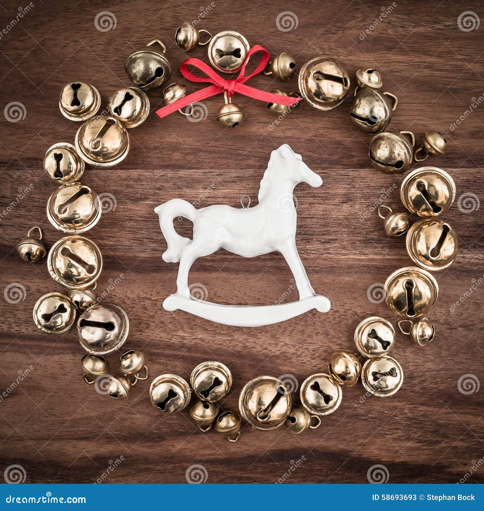Cavallo A Dondolo Legno Natale.Natale Campane Su Legno Decorazioni Di Natale Cavallo A