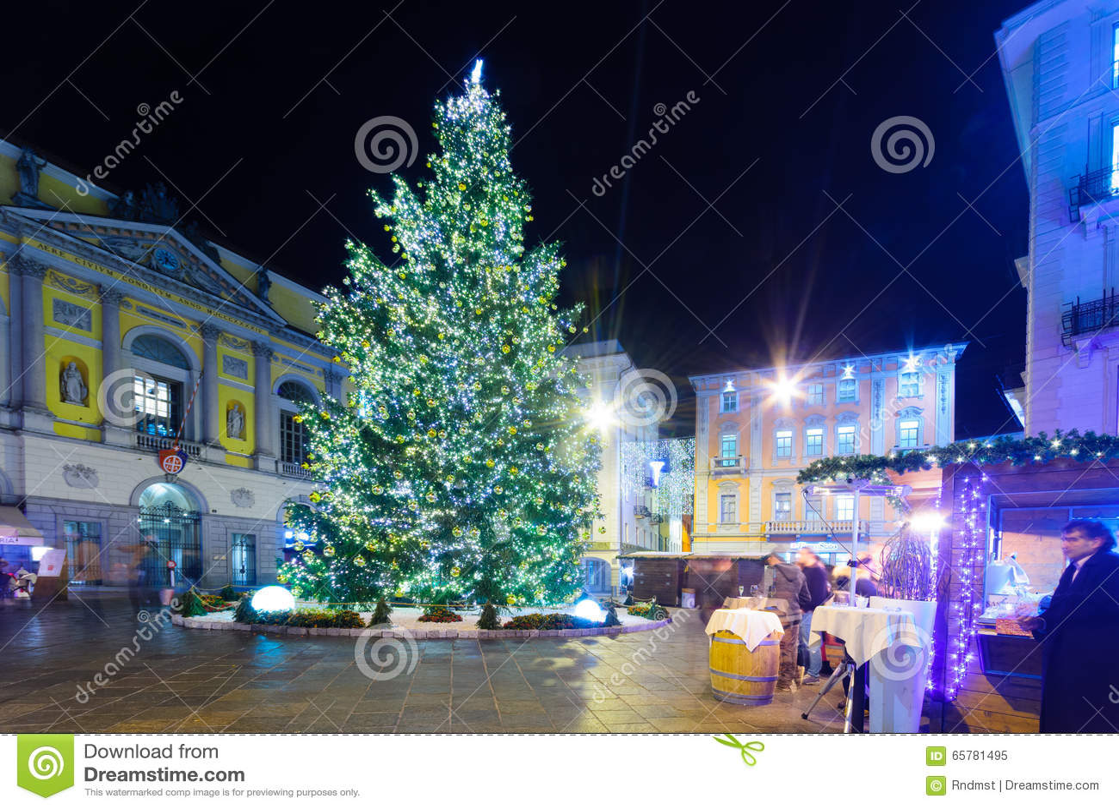 Decorazioni Natalizie Lugano.Natale A Lugano Immagine Editoriale Immagine Di Destinazione 65781495