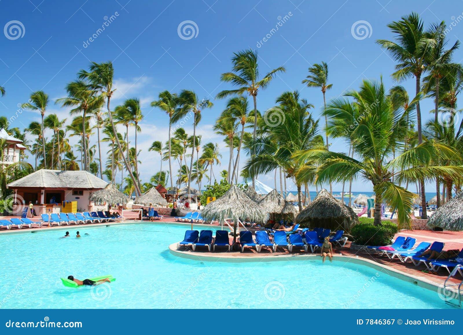 Natation de ressource de regroupement d hôtel de plage