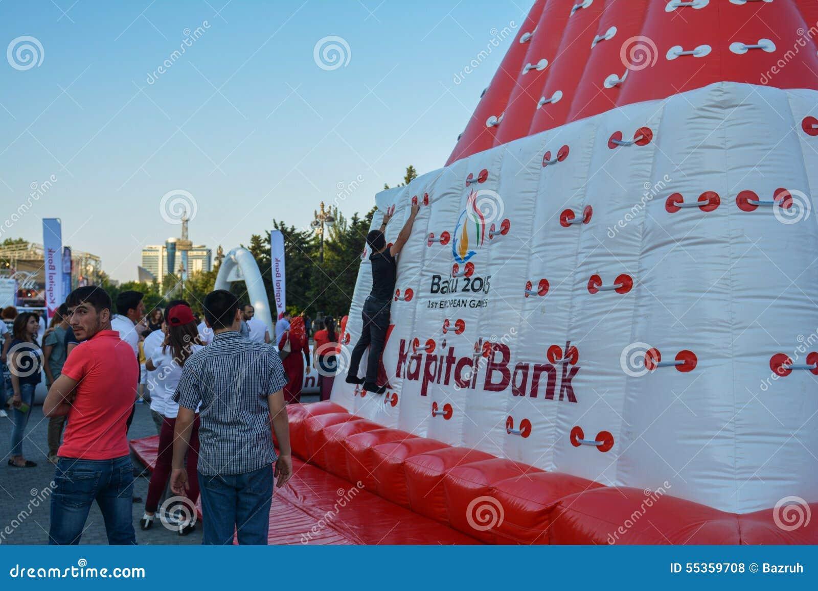Nationale competities in kustpark in Baku