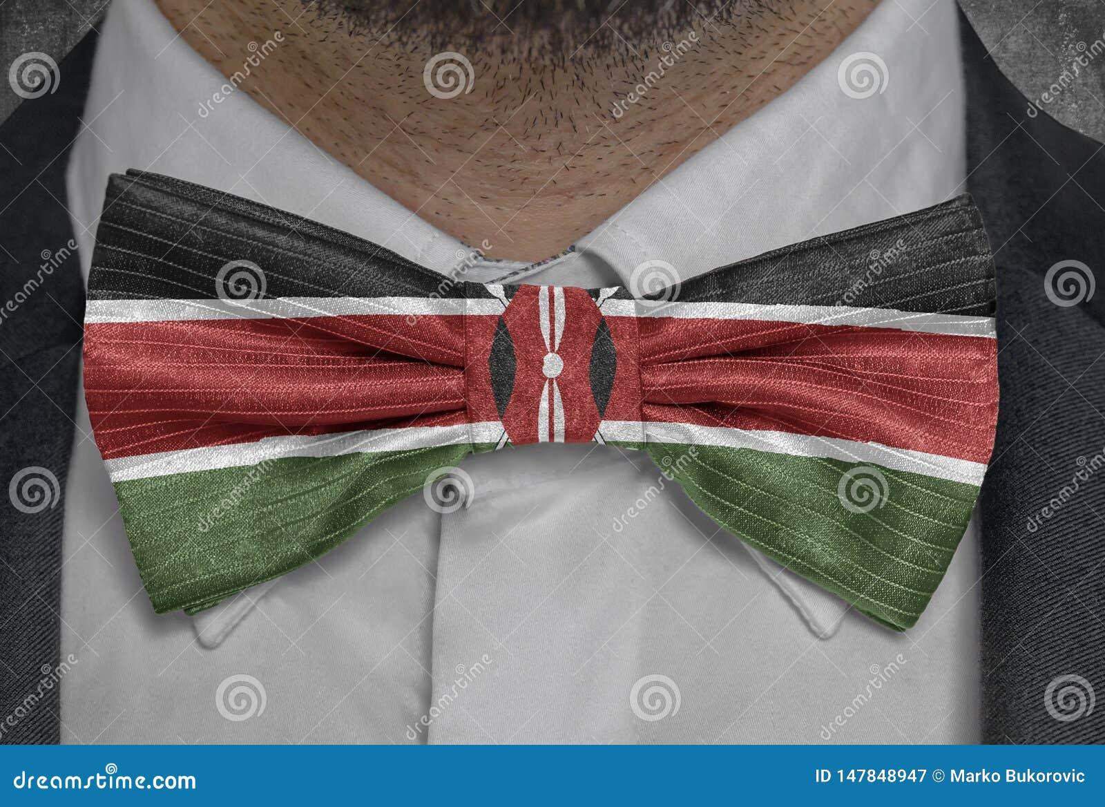 Nationsflagga av Kenya på dräkt för bowtieaffärsman