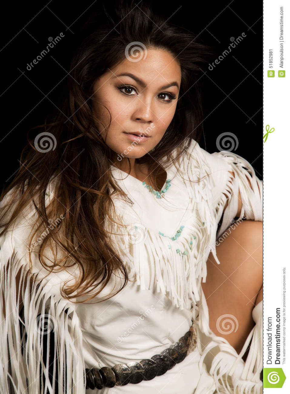 looking for native american women