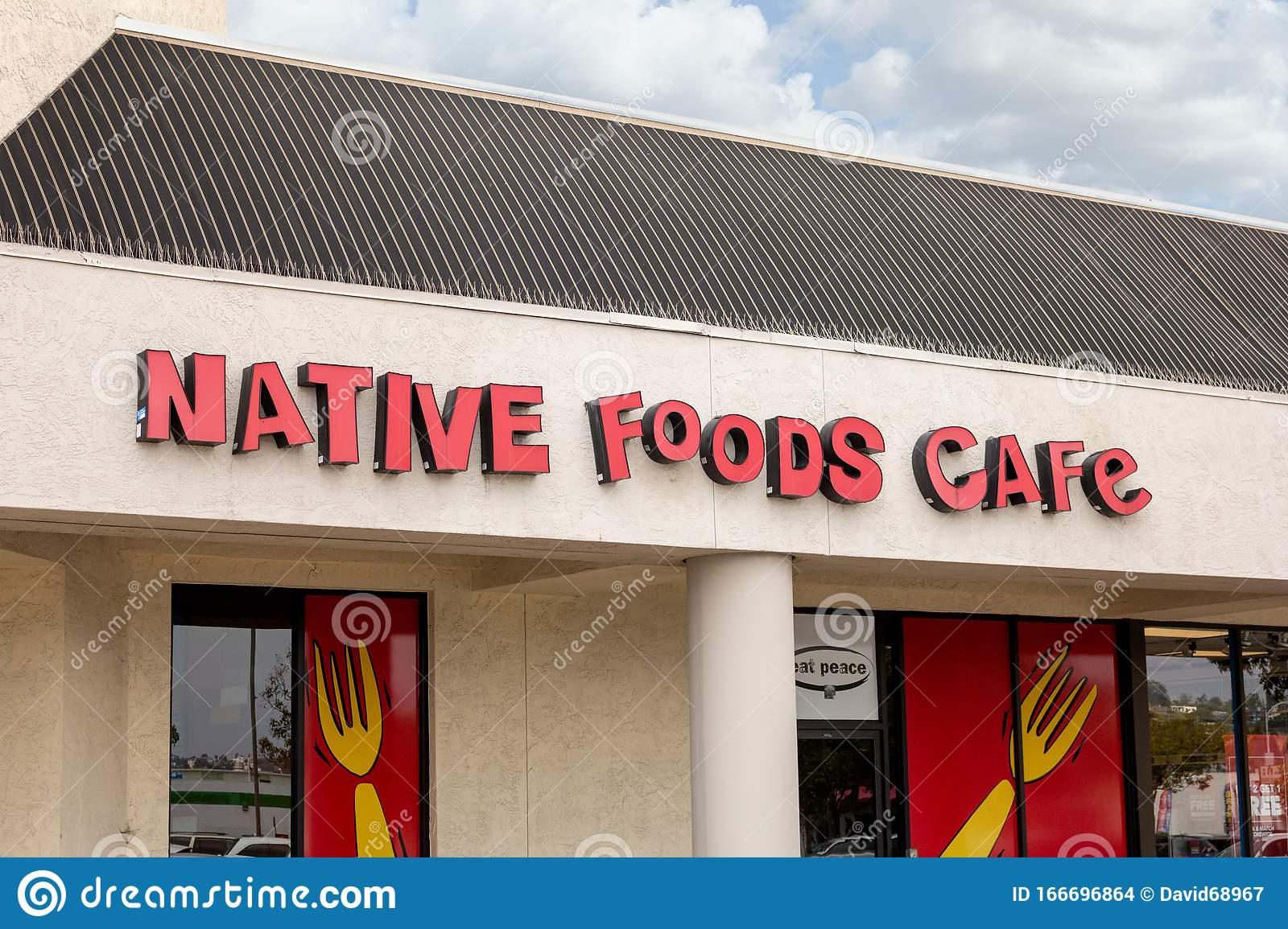 Native Foods Cafe Sign Editorial Stock Image Image Of Order 166696864
