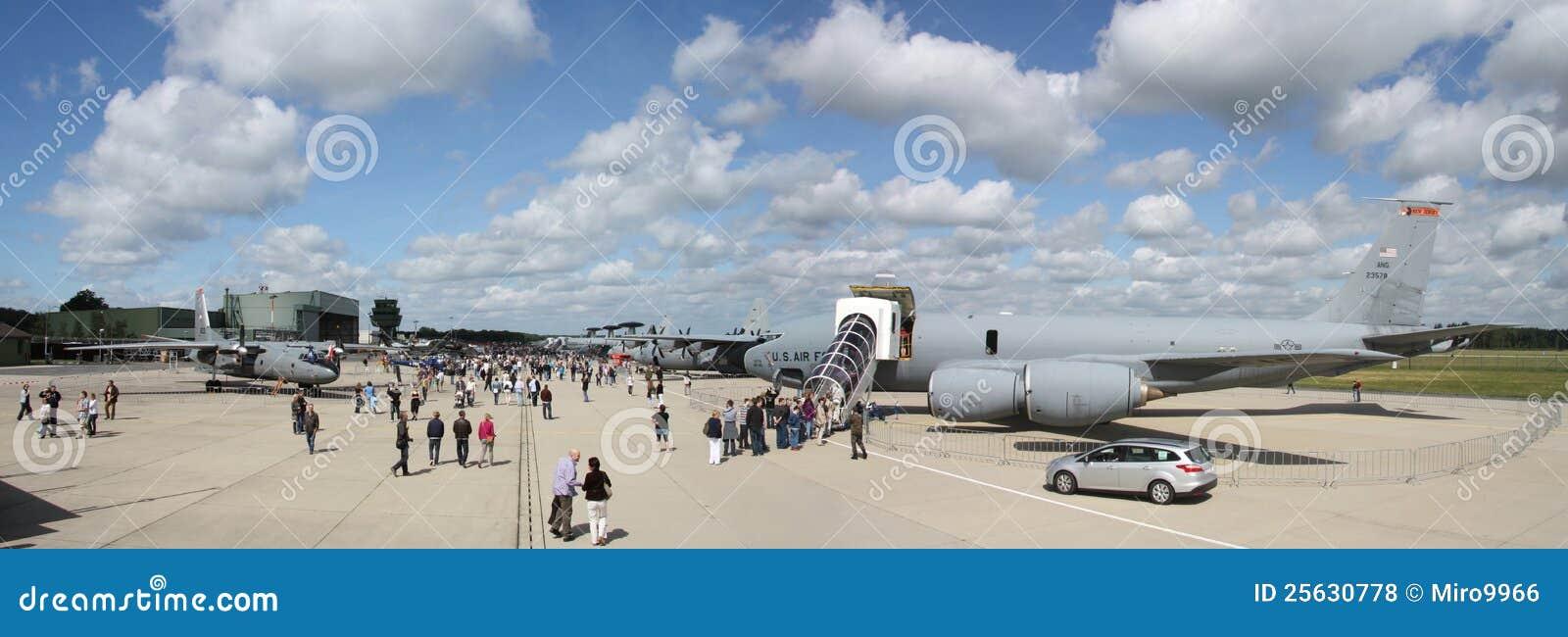 Dsm Keukens Open Op Zondag : NATO AIR BASE Geilenkirchen Editorial Stock Photo Image