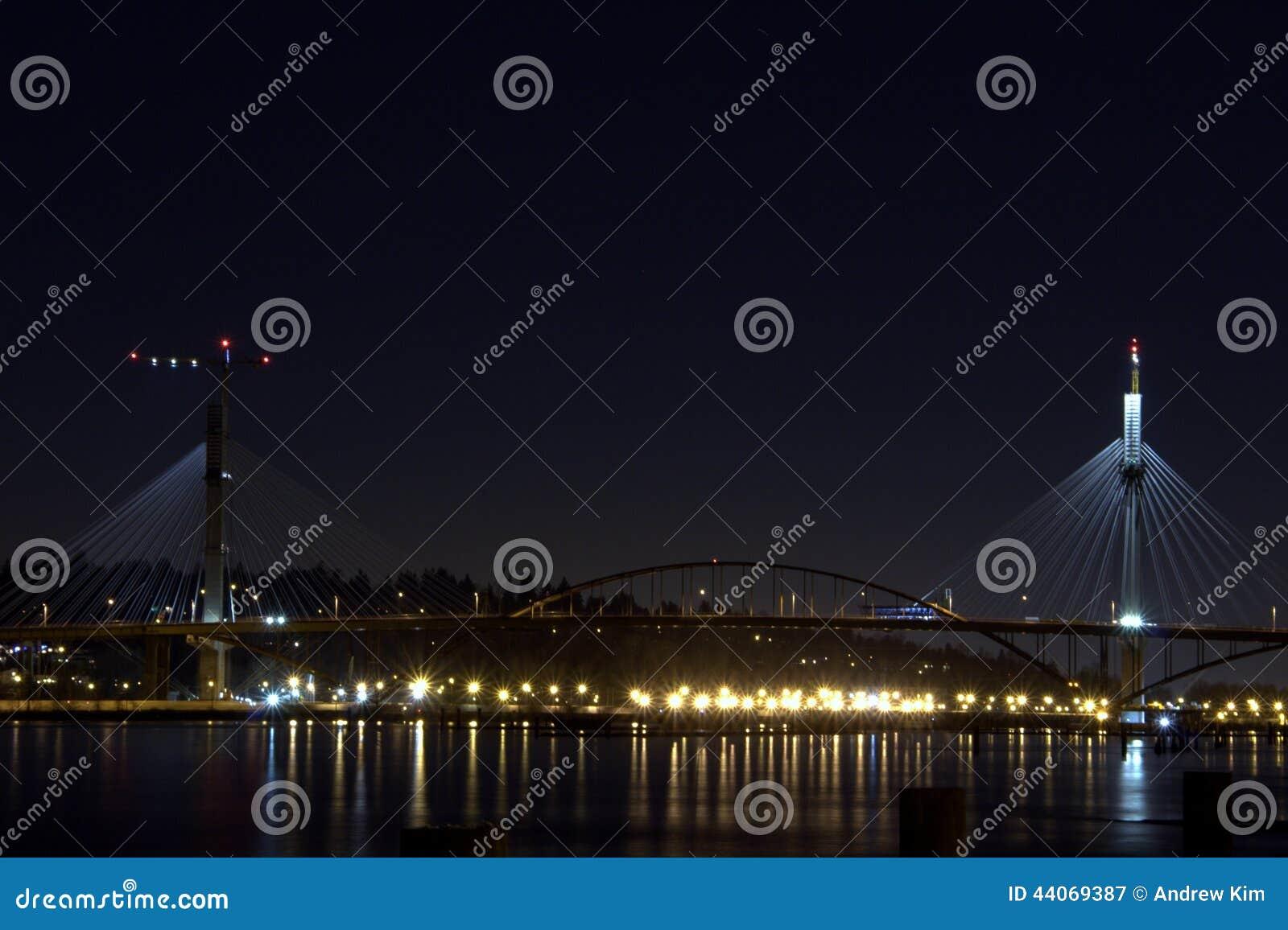 Natten av den portMann bron
