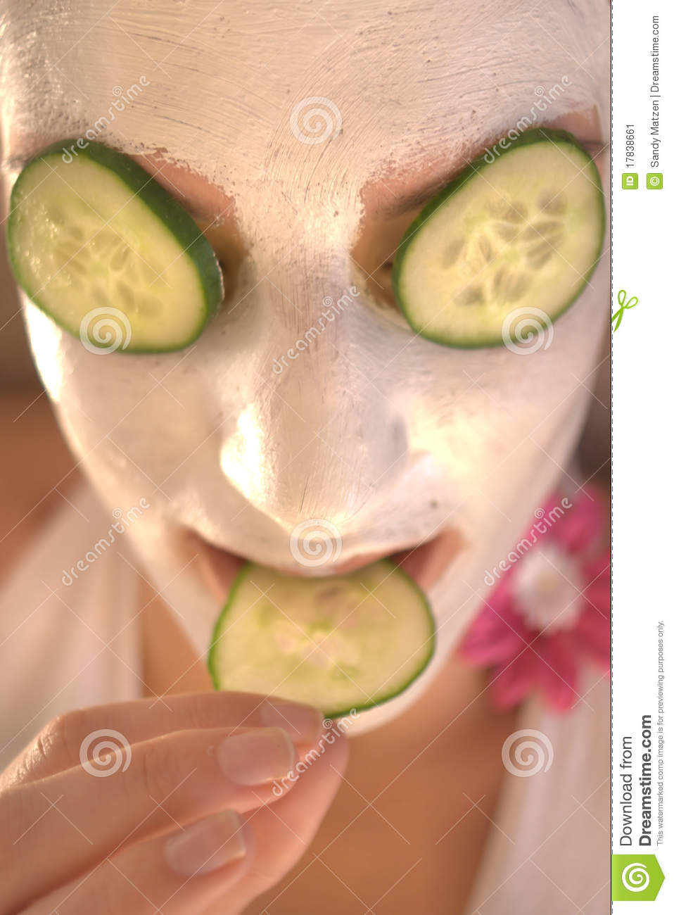 how to make a natural face mask