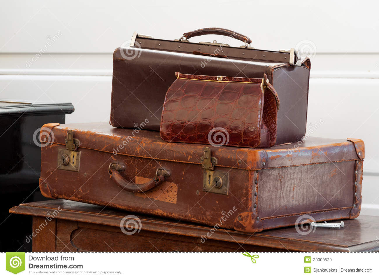 Vintage Bags Royalty Free Stock Images - Image: 30000529