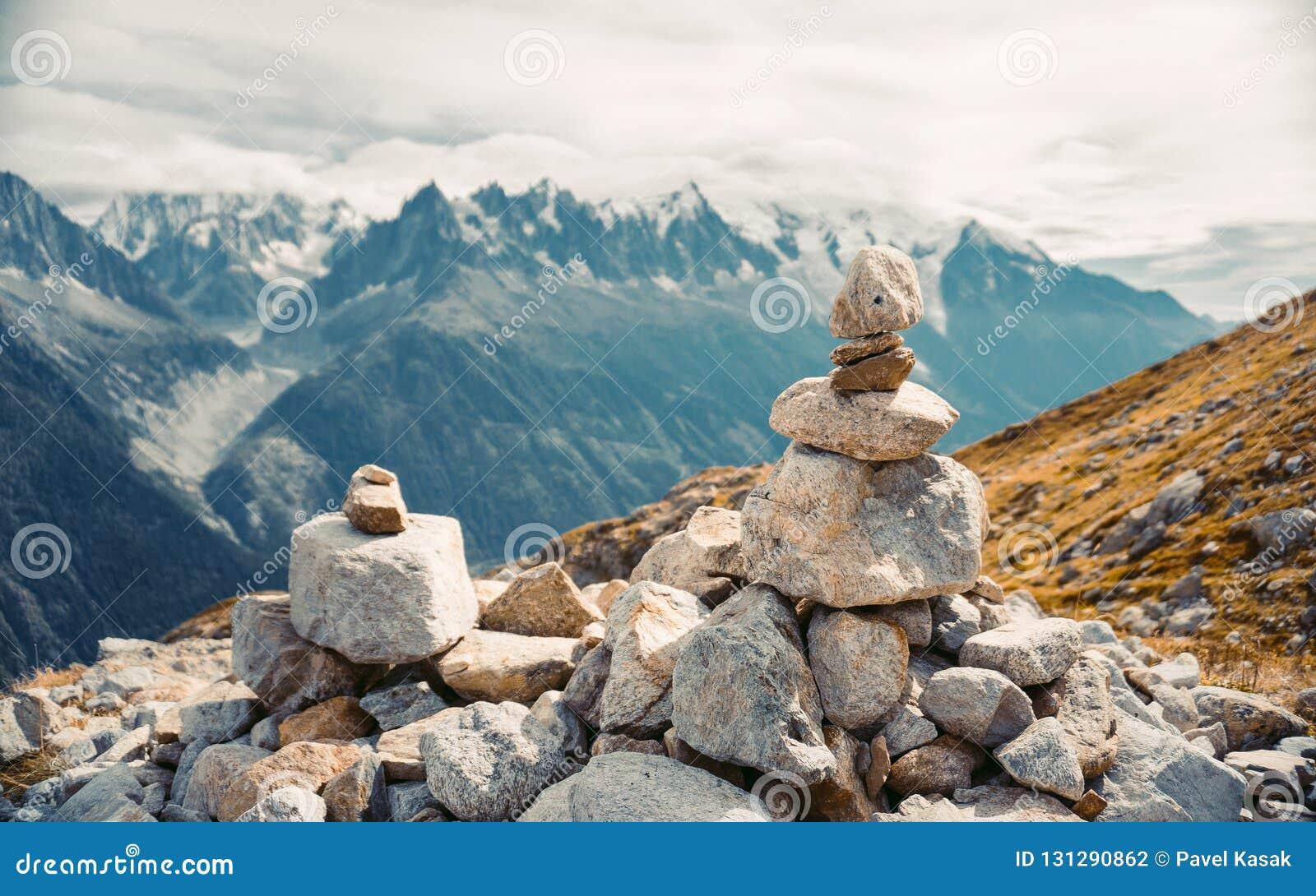 Naturaleza panorámica hermosa en las montañas