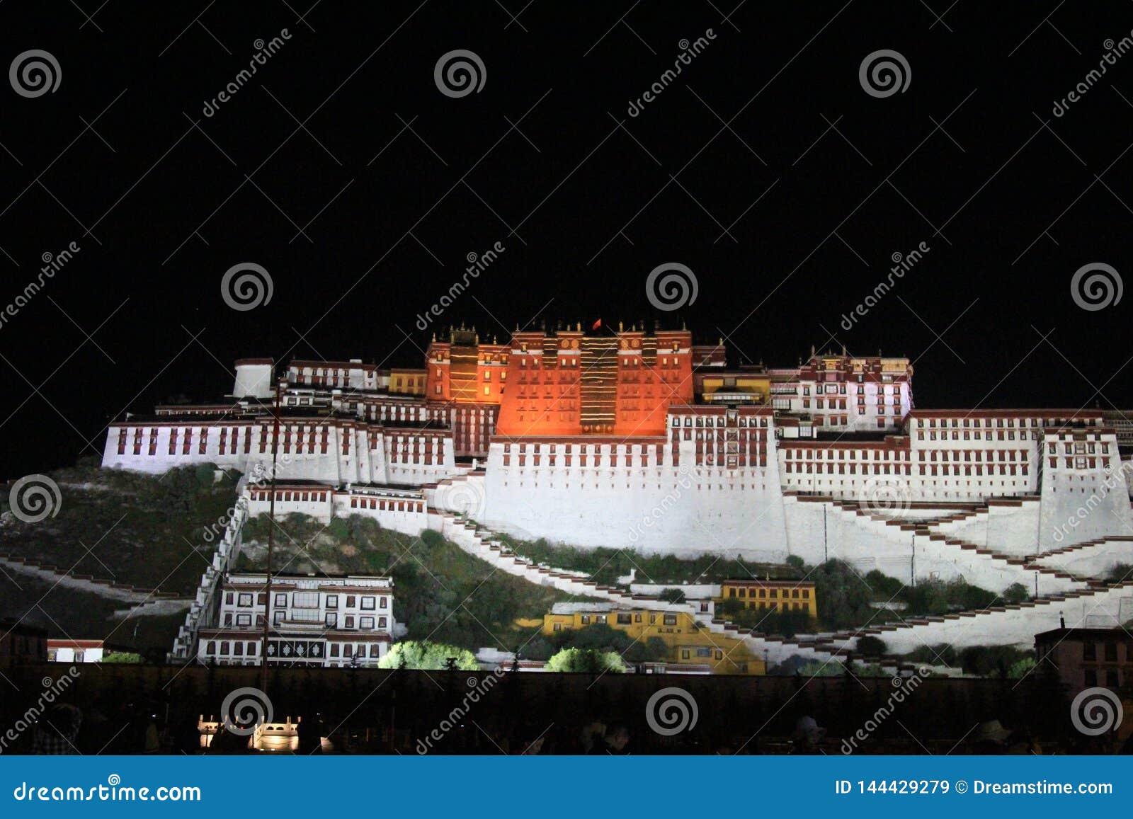 Naturalna sceneria Tybeta?ski plateau