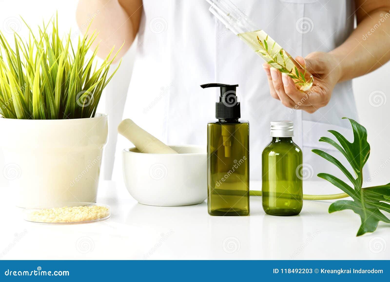 Naturalny kosmetyka lub skincare rozwój w laboratorium, Organicznie ekstrakt w kosmetycznym butelka zbiorniku