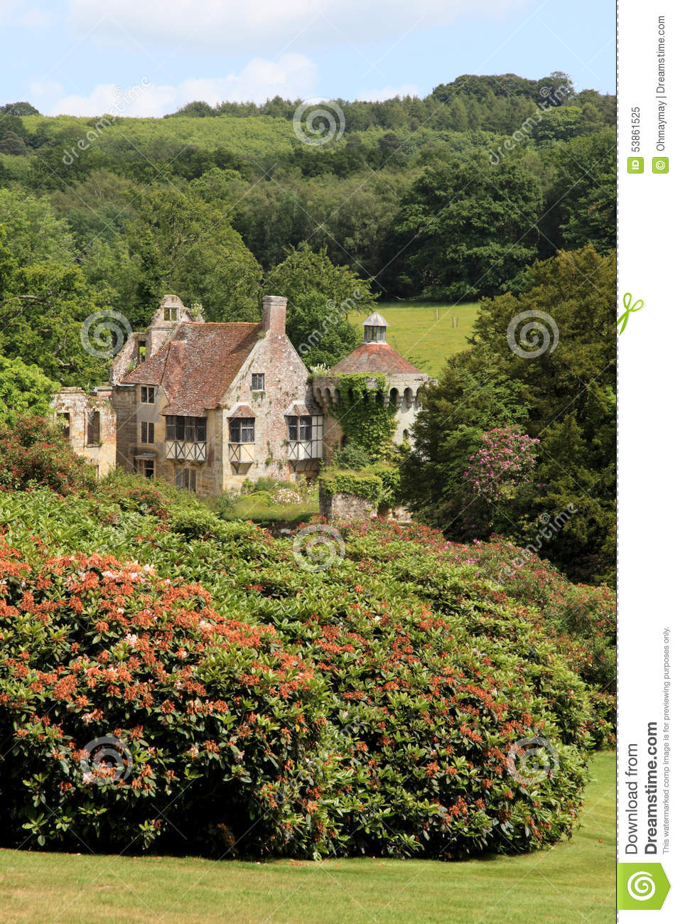Beautiful Nature And Traditional Country House In Southern England