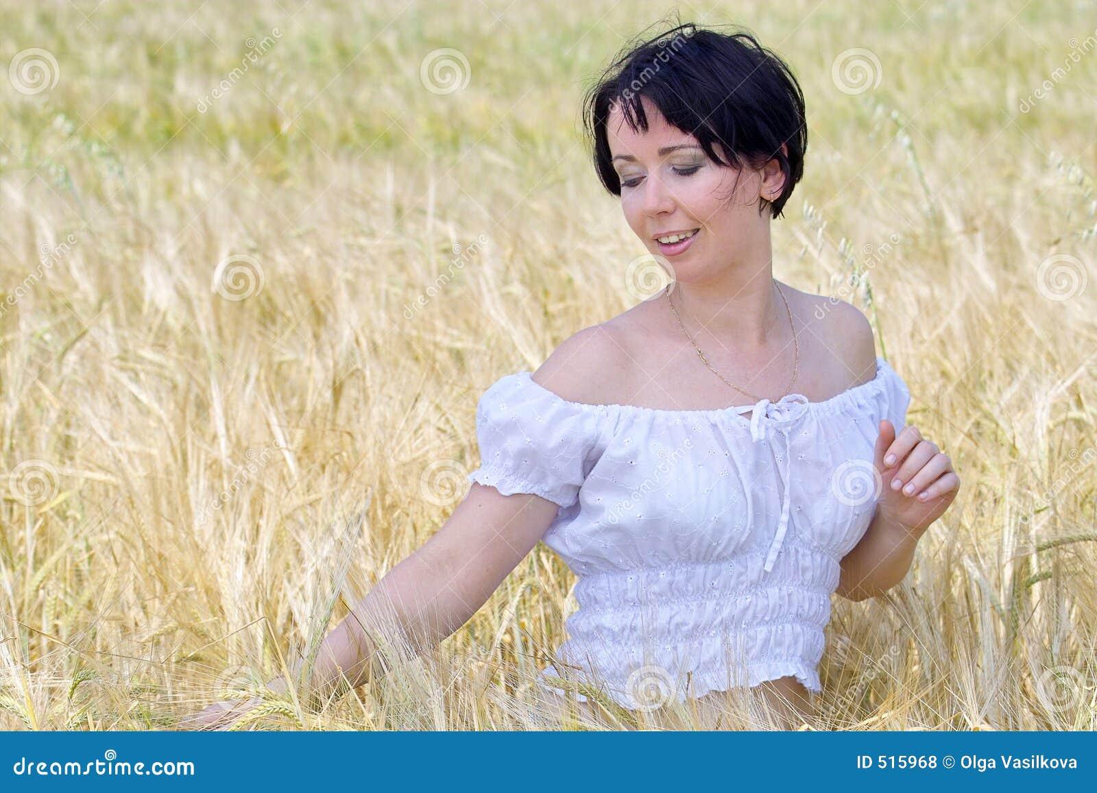 Naturlig härlig flicka
