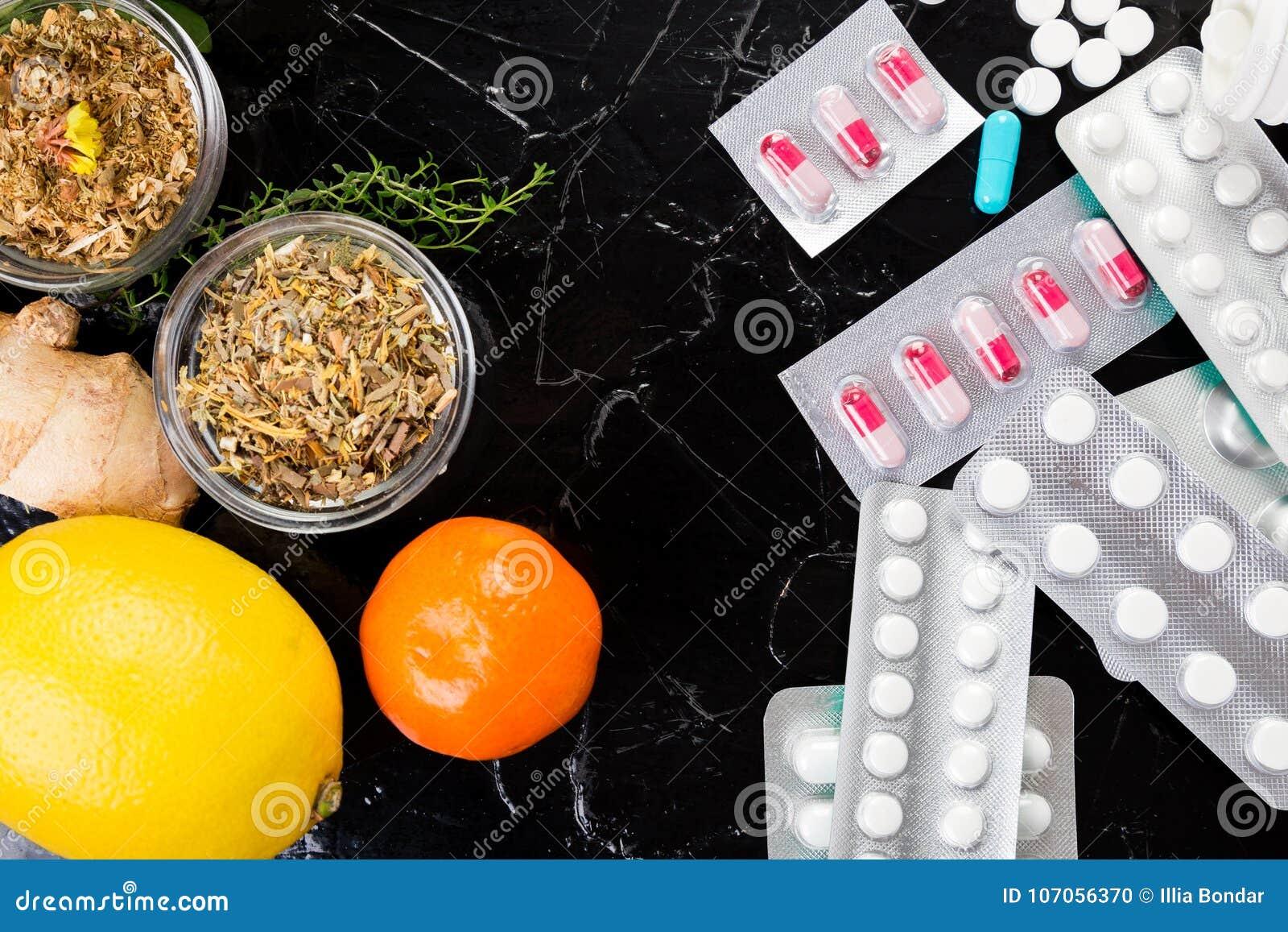 Natuurlijke geneeskunde versus conventioneel geneeskundeconcept