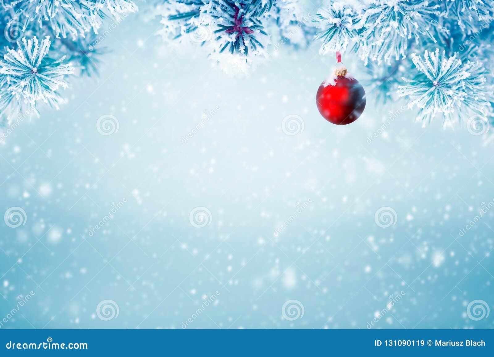Natuurlijke Kerstmis dalende sneeuw als achtergrond