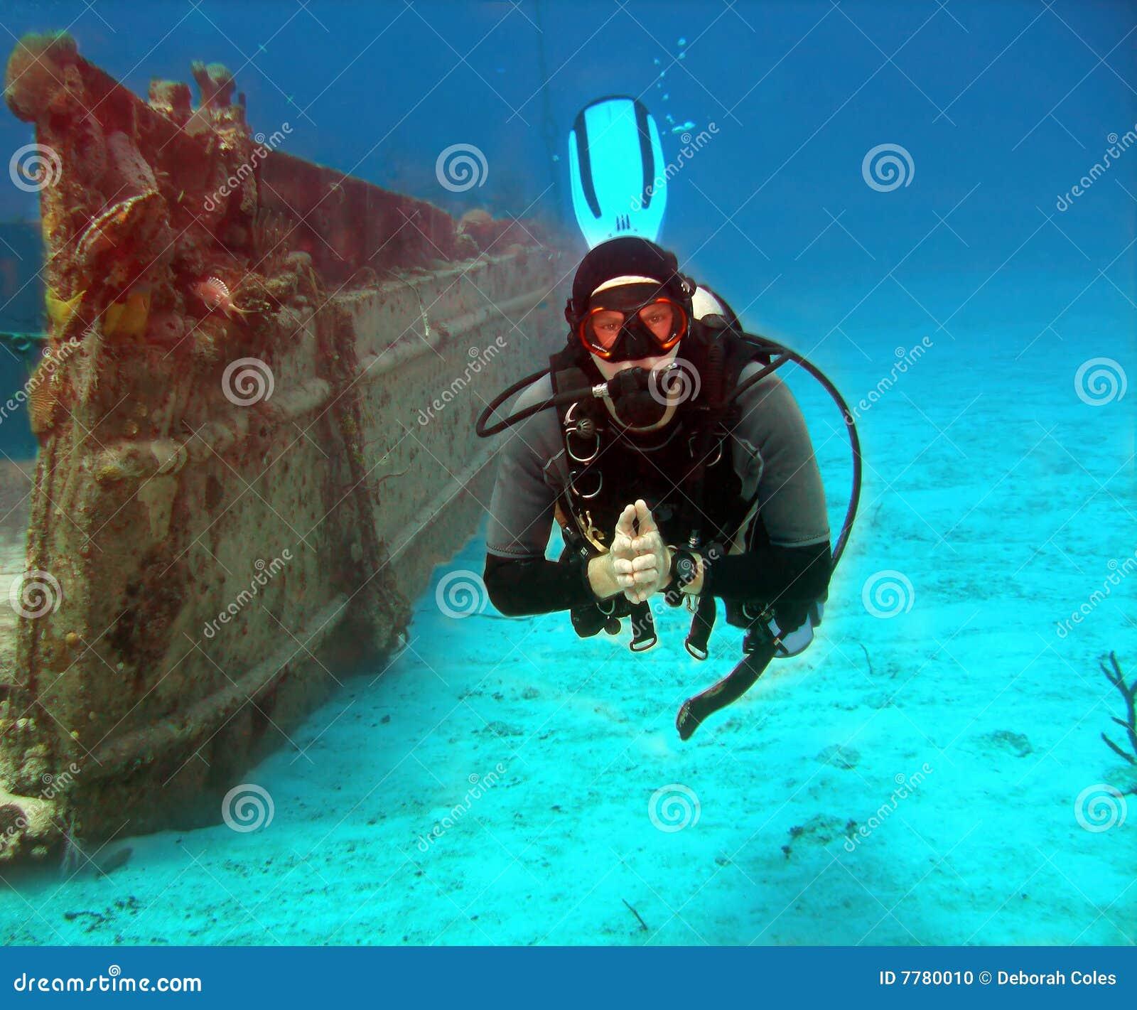 Naufragio ed operatore subacqueo