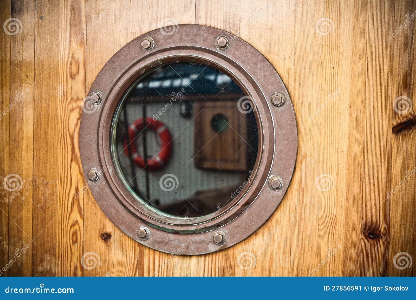 Nautyczny porthole, close-up