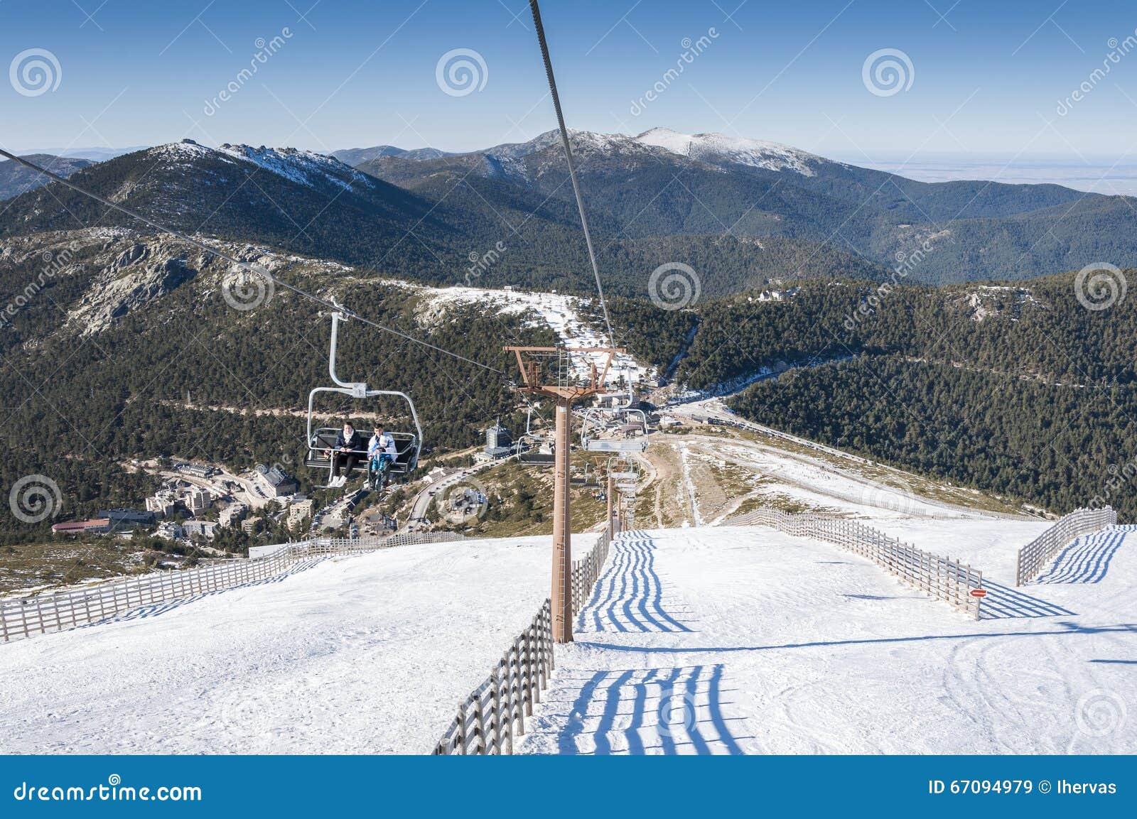 Navacerrada Ski Resort Imagem de Stock Editorial - Imagem ...