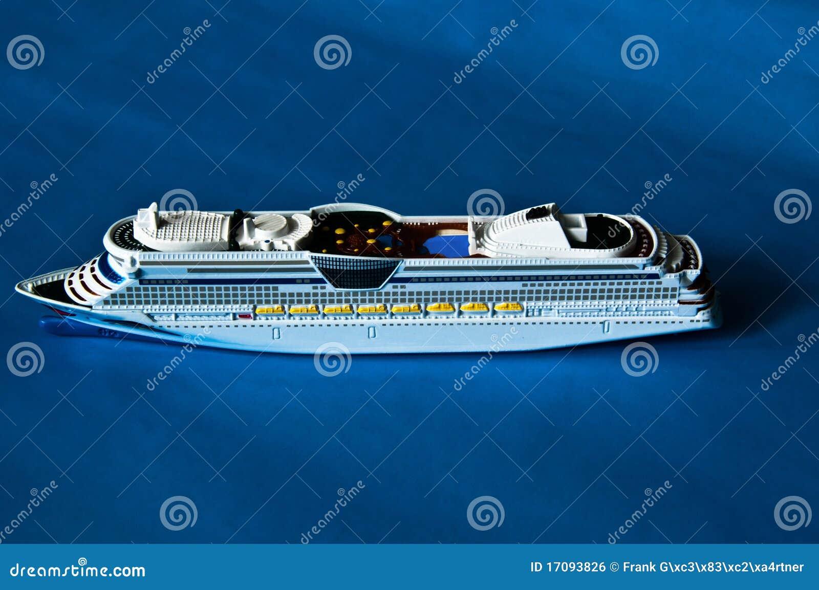 Nave da crociera immagine stock libera da diritti for Cabina interna su una nave da crociera