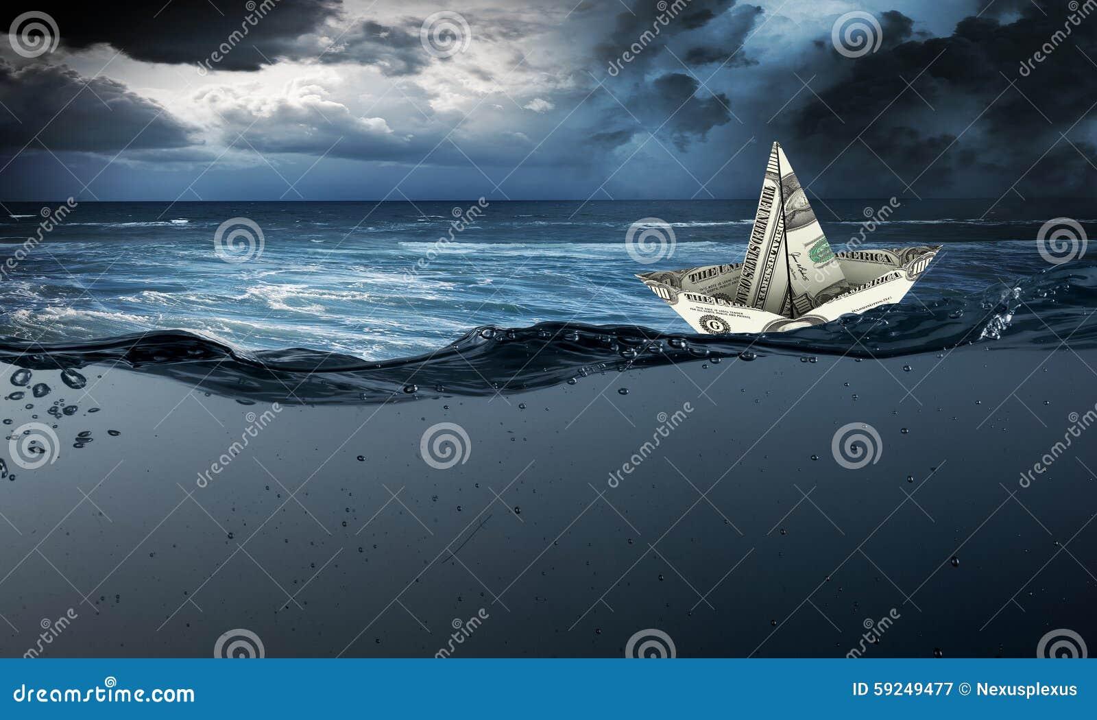 Nave del dólar en agua
