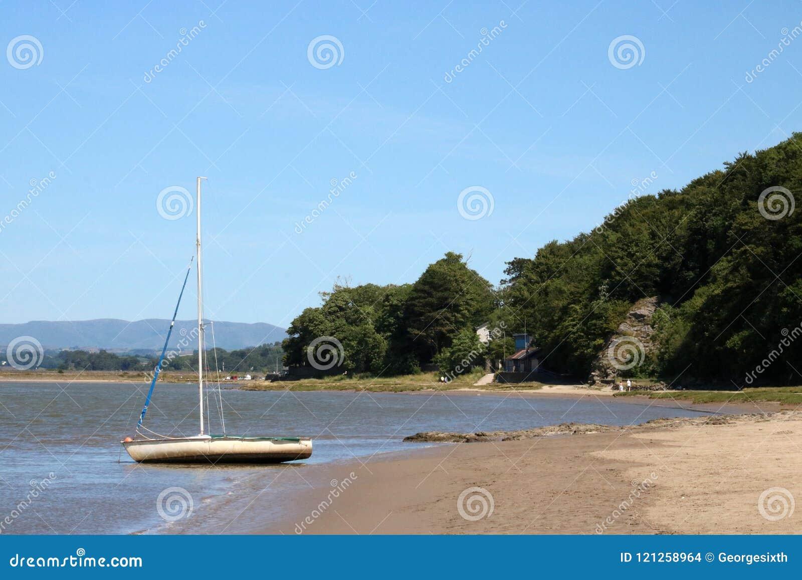 Navegue, estuario de Kent del río, Arnside, Cumbria
