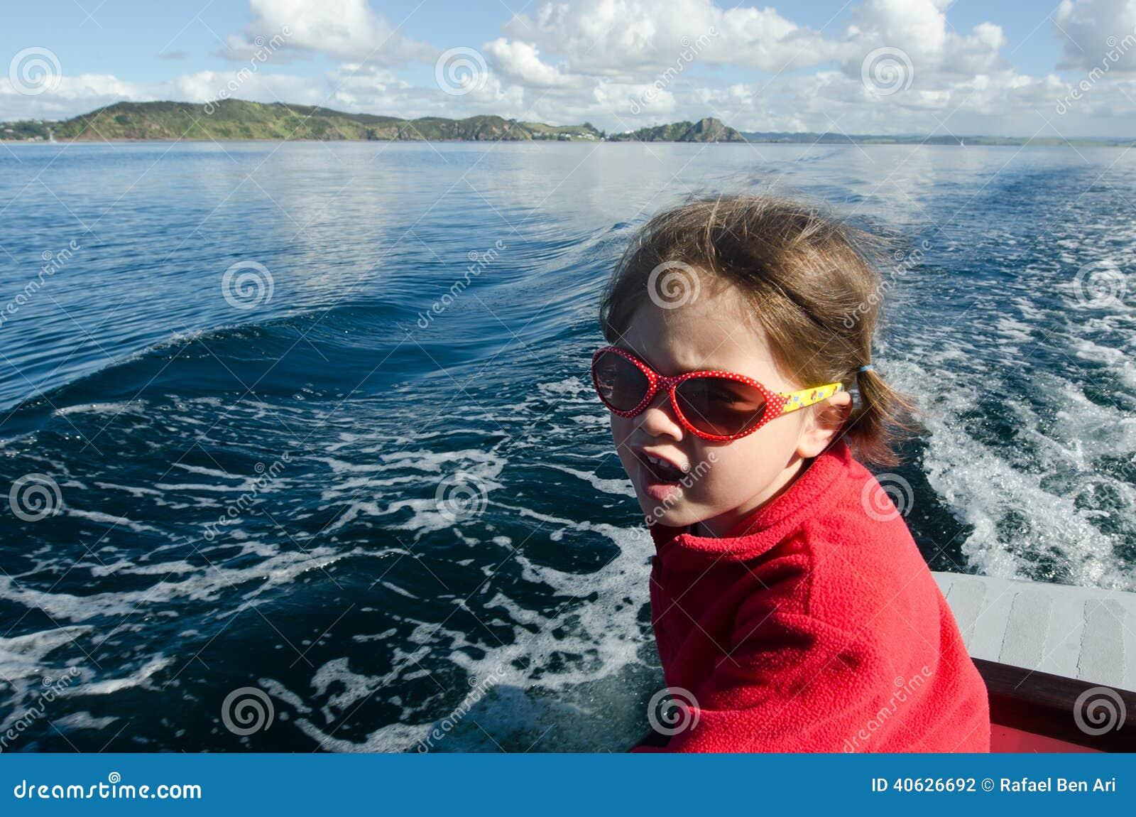 Navigation de petite fille
