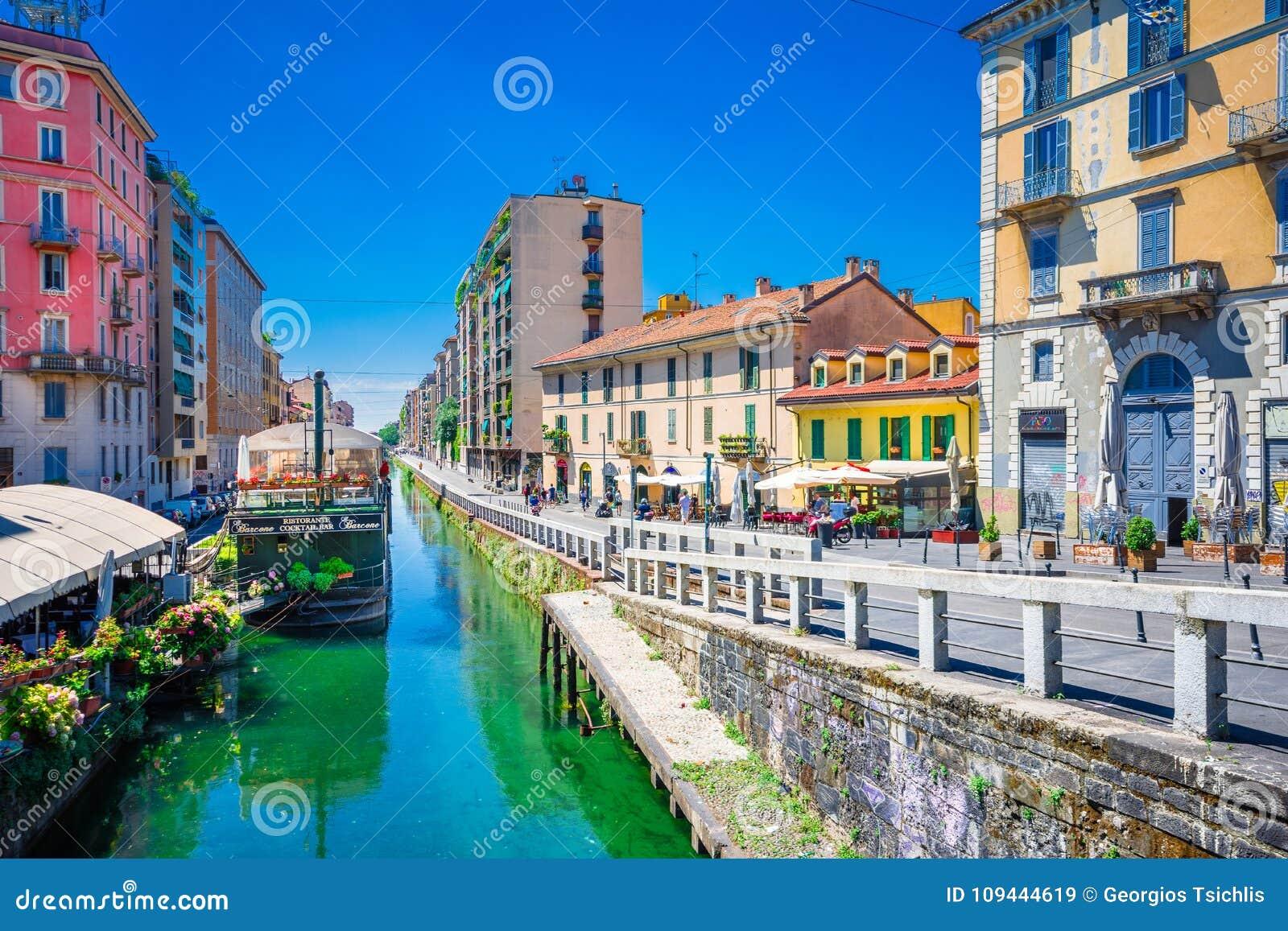 Naviglio storslagen kanal i Milan