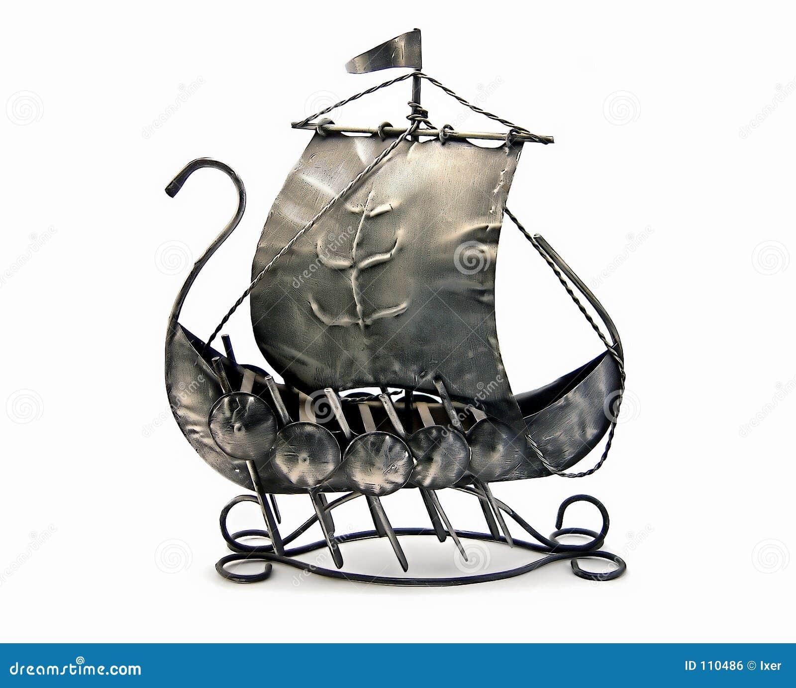 Navio de guerra antigo
