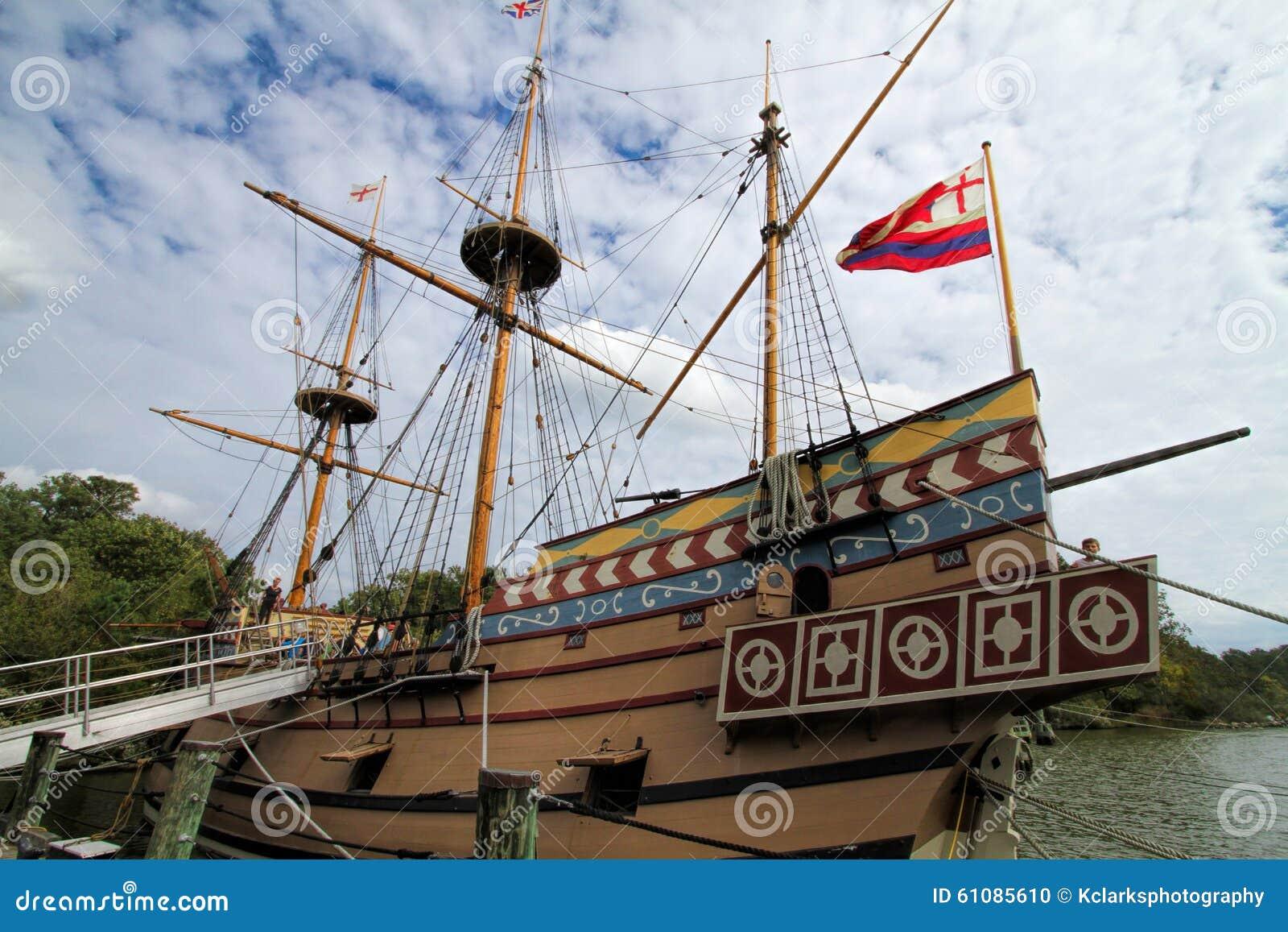 Navio de navigação britânico do pagamento de Jamestown