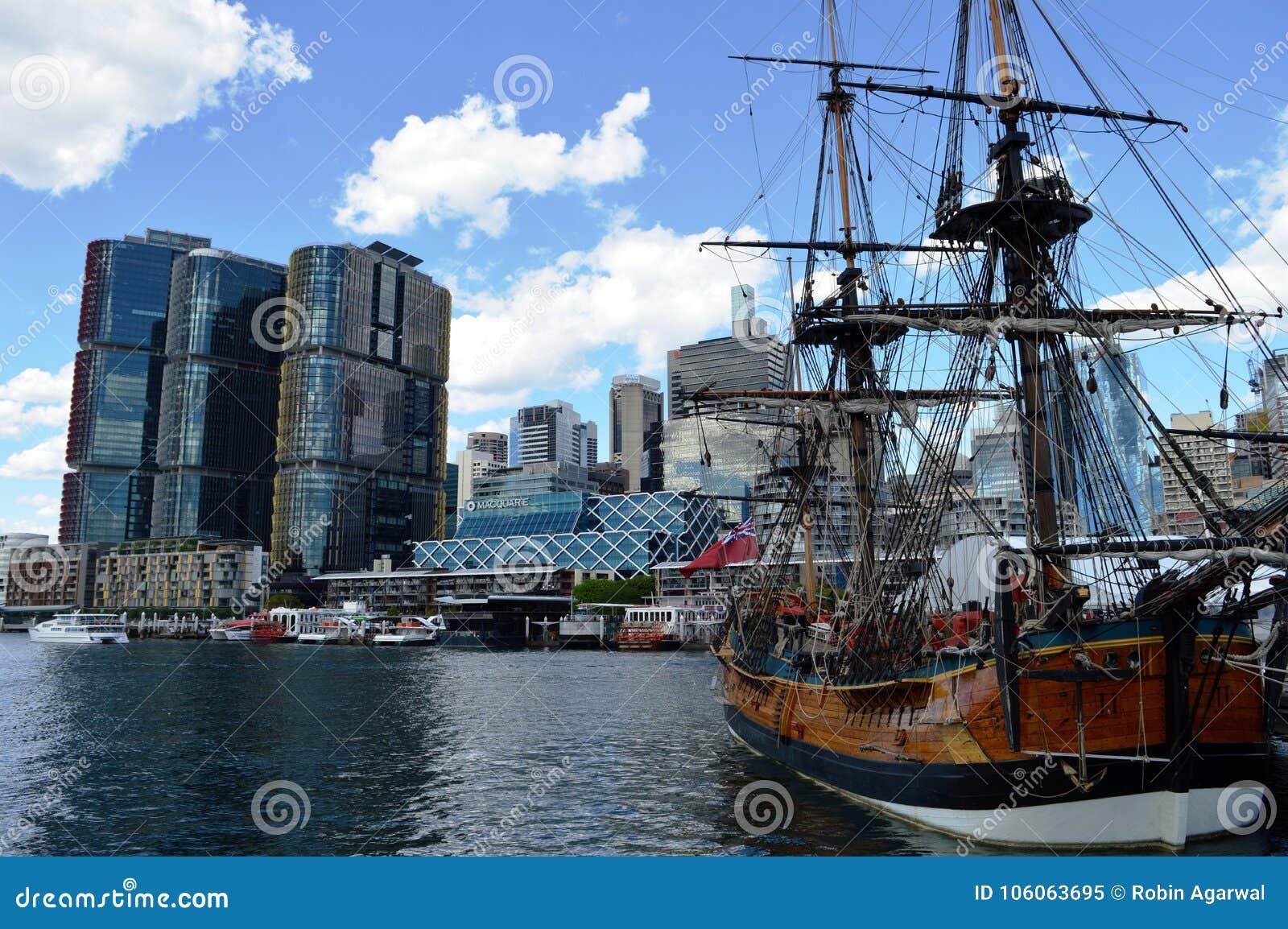 Navio de pirata em Darling Harbour, Sydney