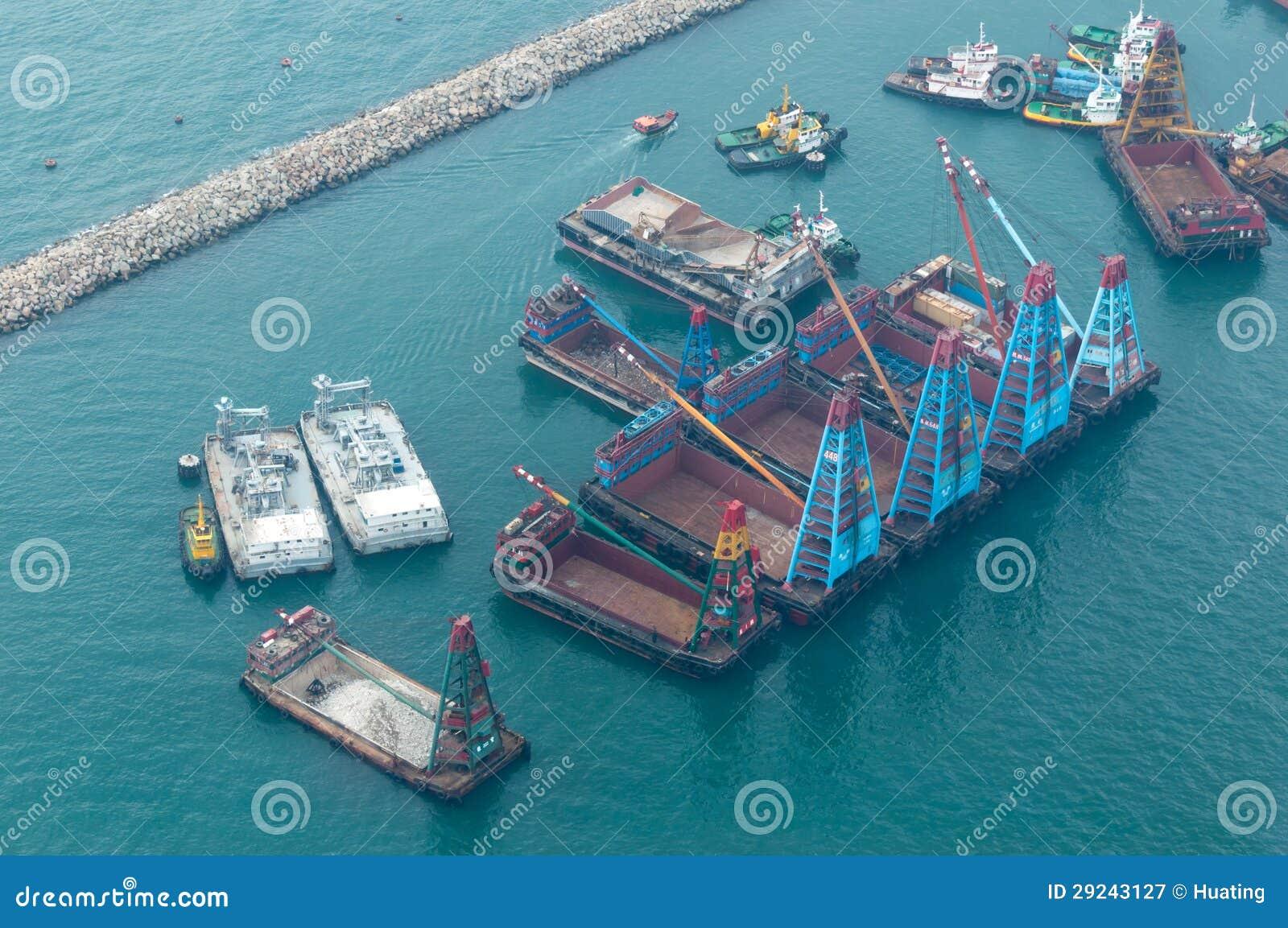 Download Navios No Porto De Victoria Em Hong Kong Fotografia Editorial - Imagem de tráfego, transporte: 29243127