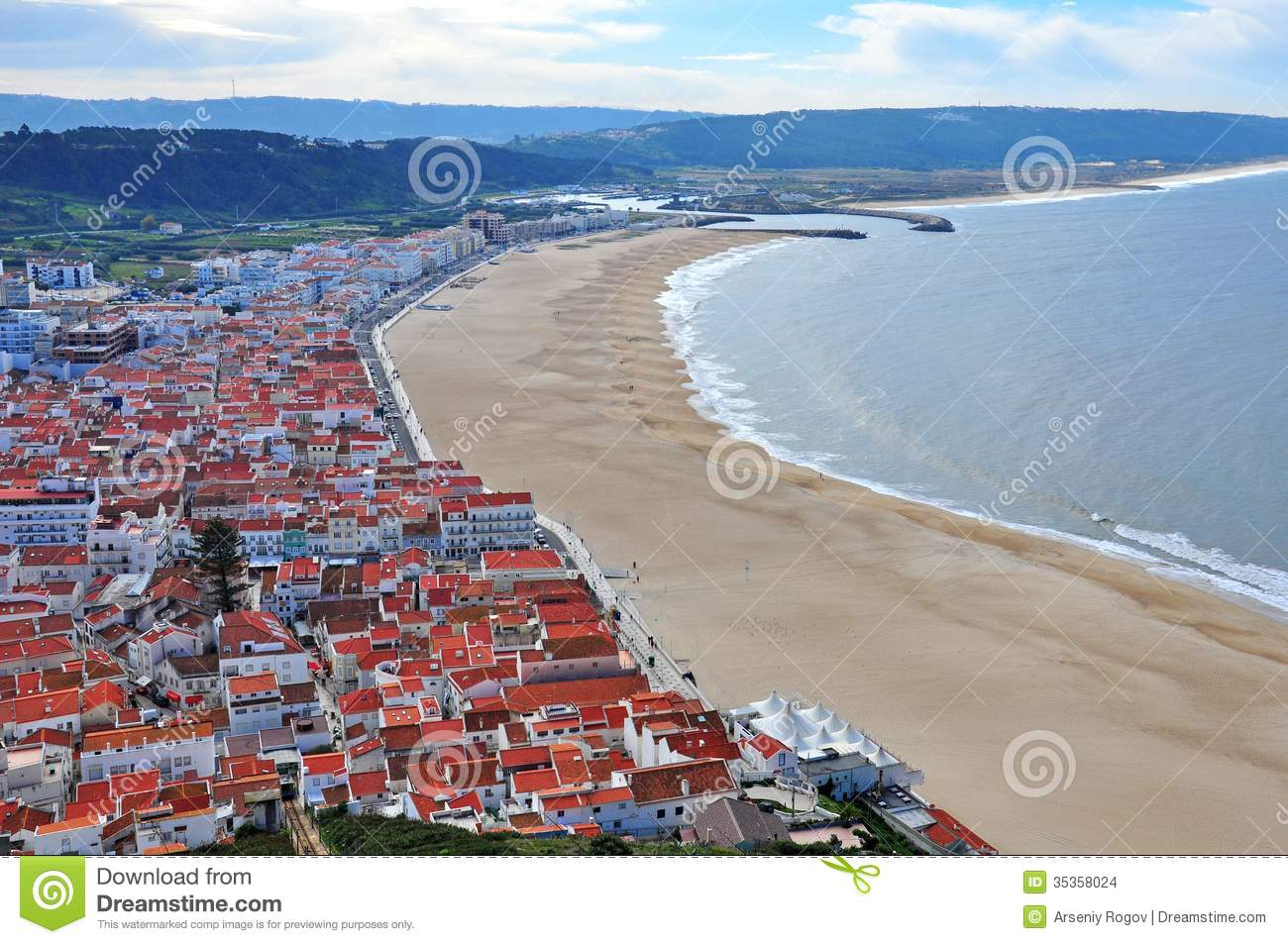 Nazare Portugal Stock Images Image 35358024
