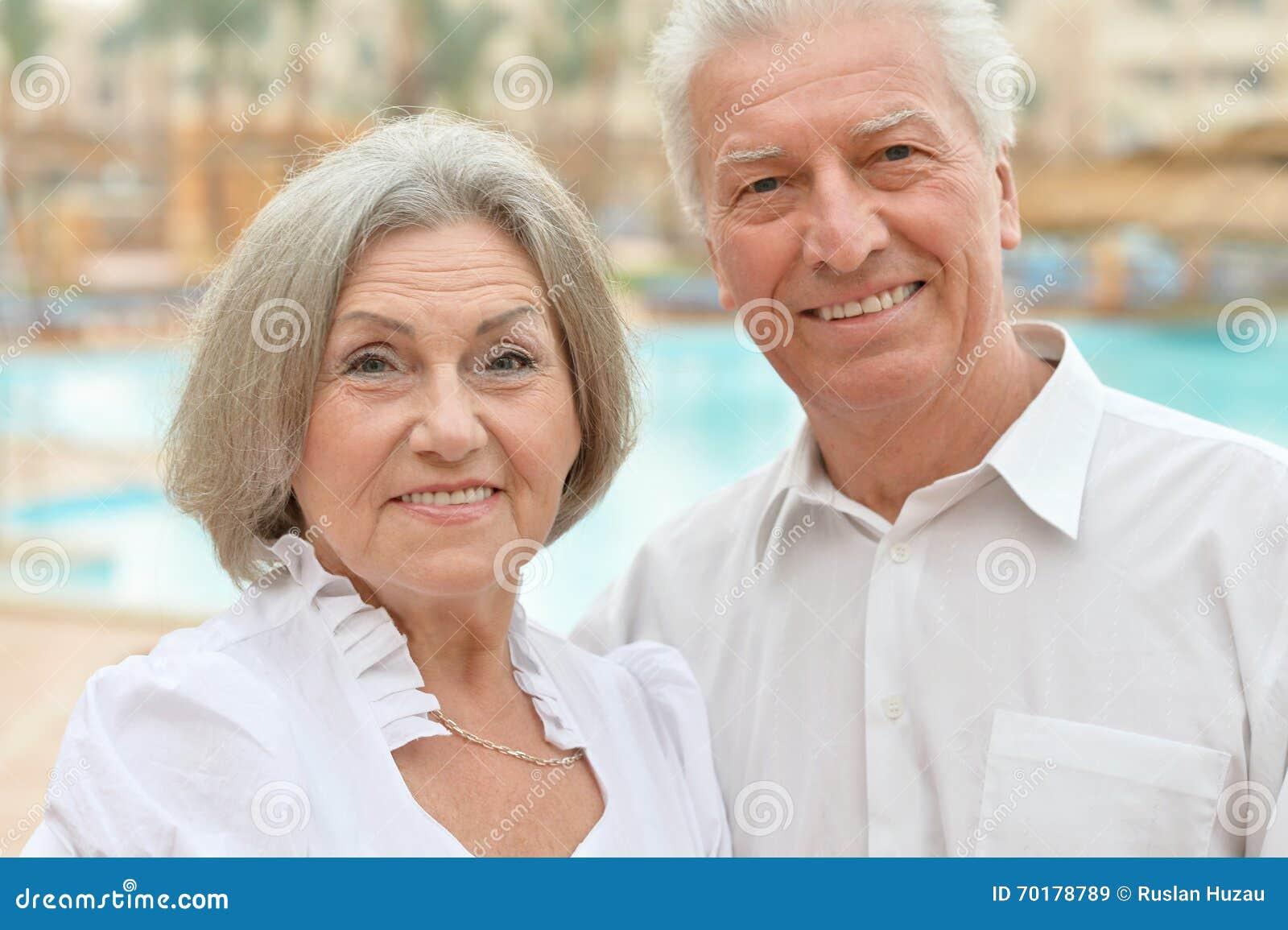 Near pöl för höga par