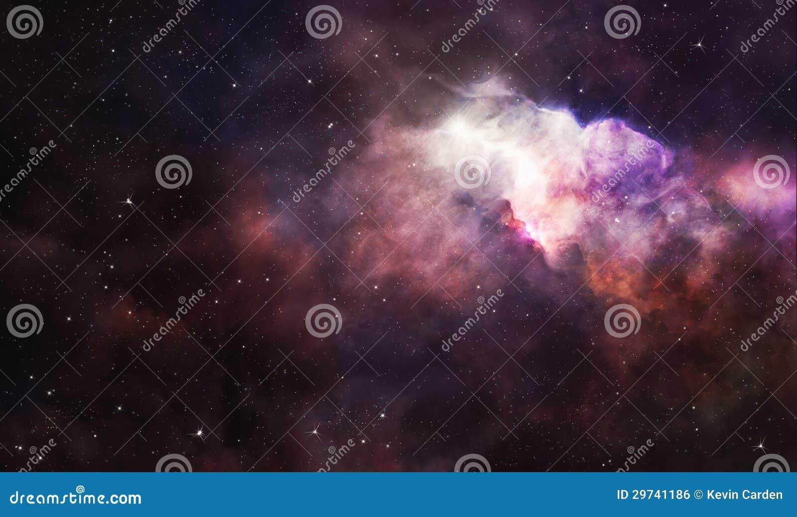Nebulosa rosada en espacio profundo