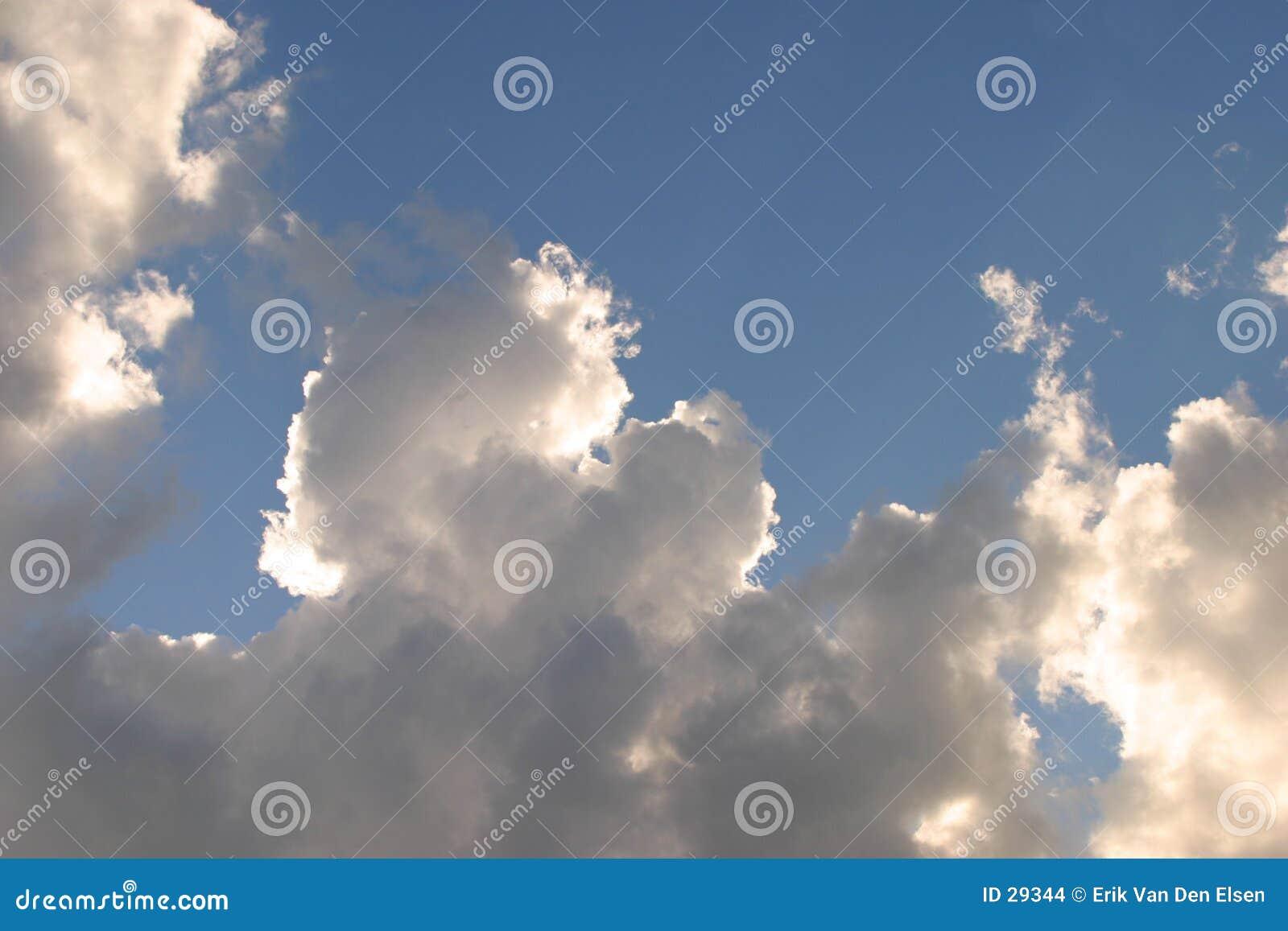 Download Nederlandse wolken stock foto. Afbeelding bestaande uit wolken - 29344