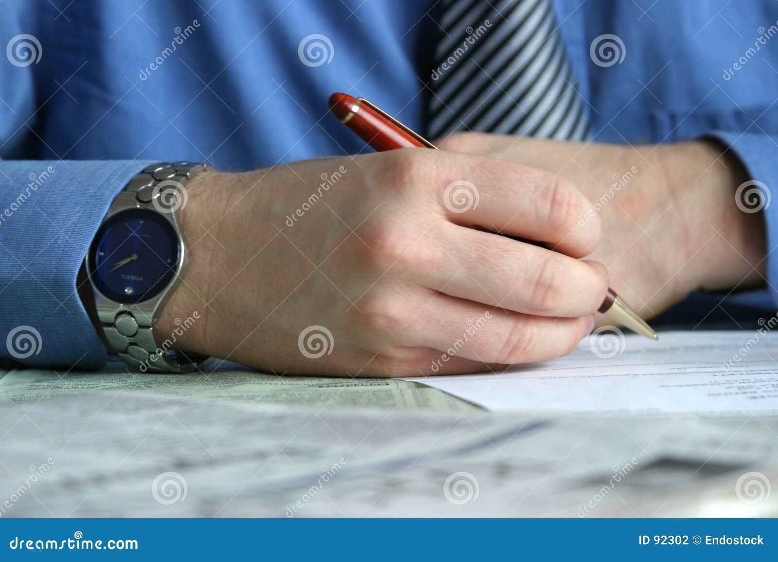Negócio - contrato de assinatura da mão